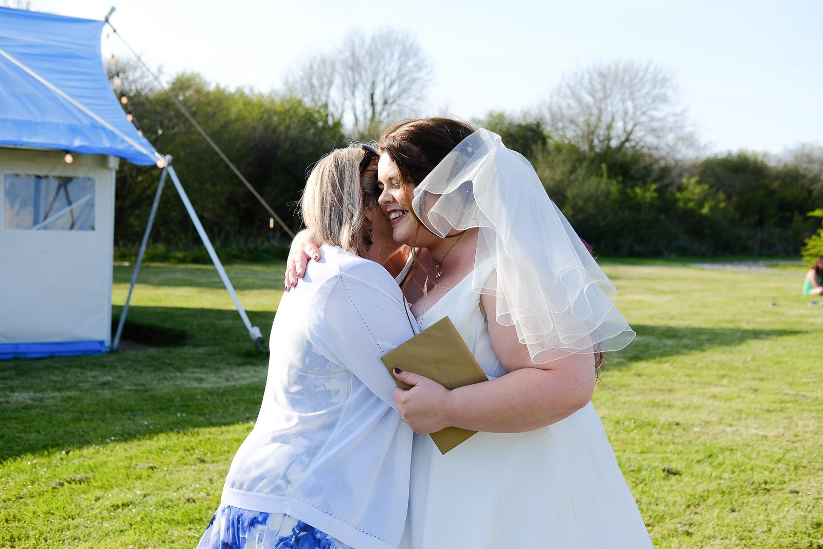 cornish tipi wedding photography 061.jpg