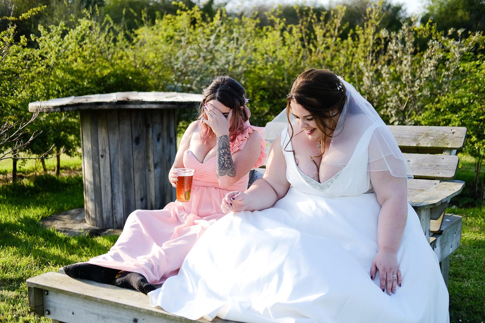 cornish tipi wedding photography 068.jpg
