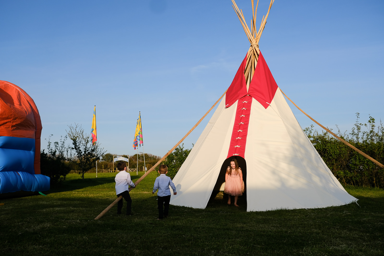 cornish tipi wedding photography 071.jpg