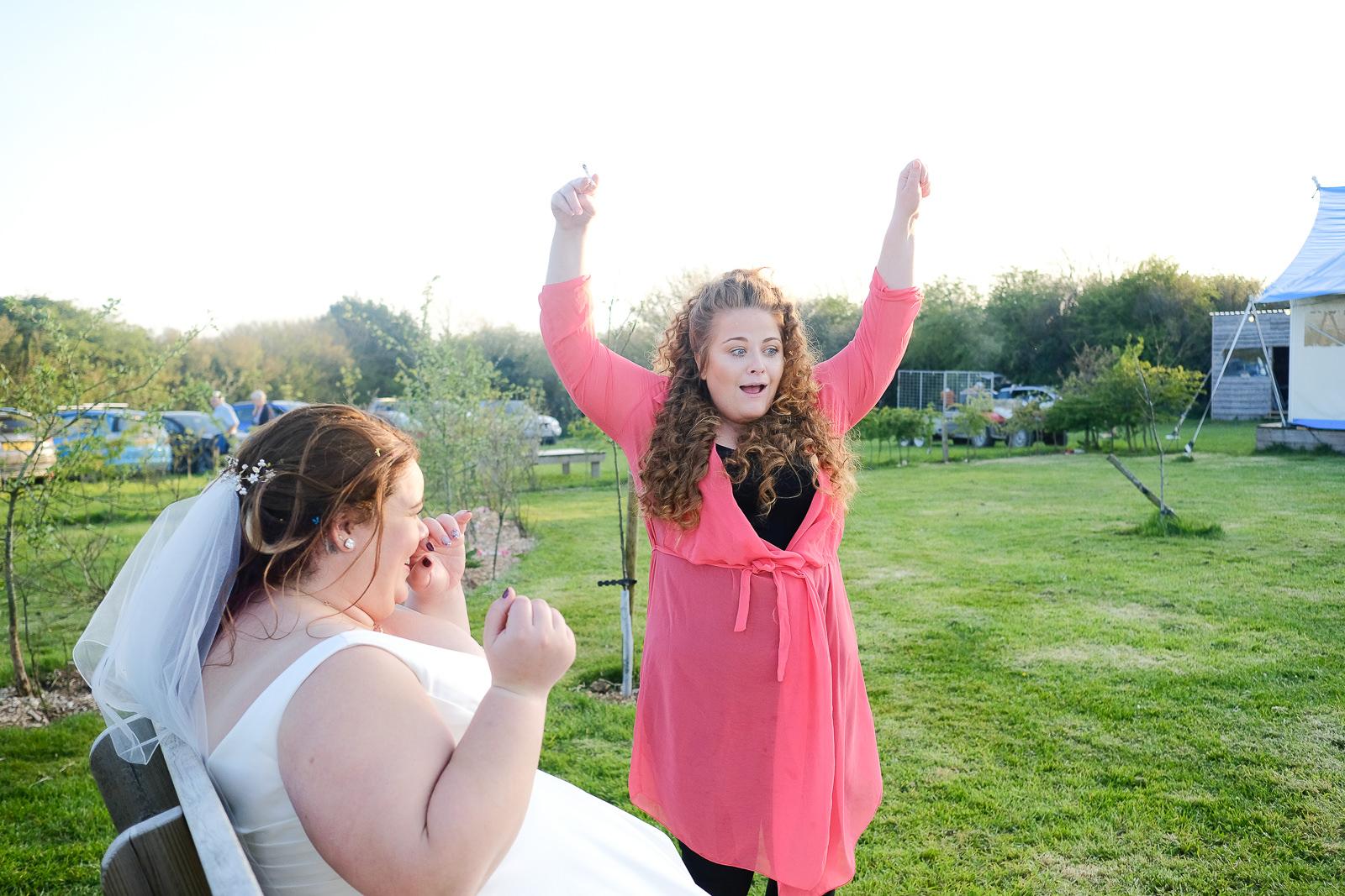 cornish tipi wedding photography 072.jpg