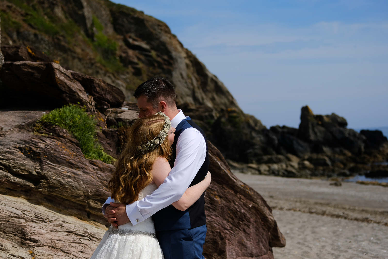 Rustic elopement at The Cow Shed in Cornwall 069.jpg