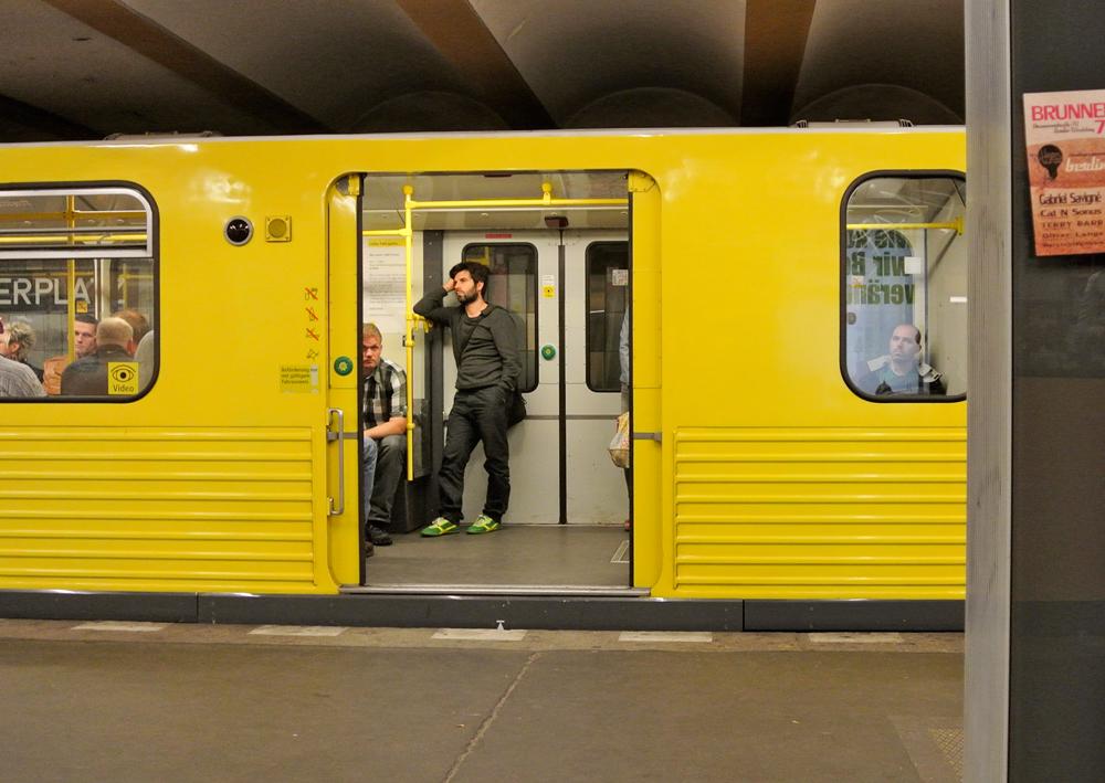 BerlinYellowUbahn.jpg