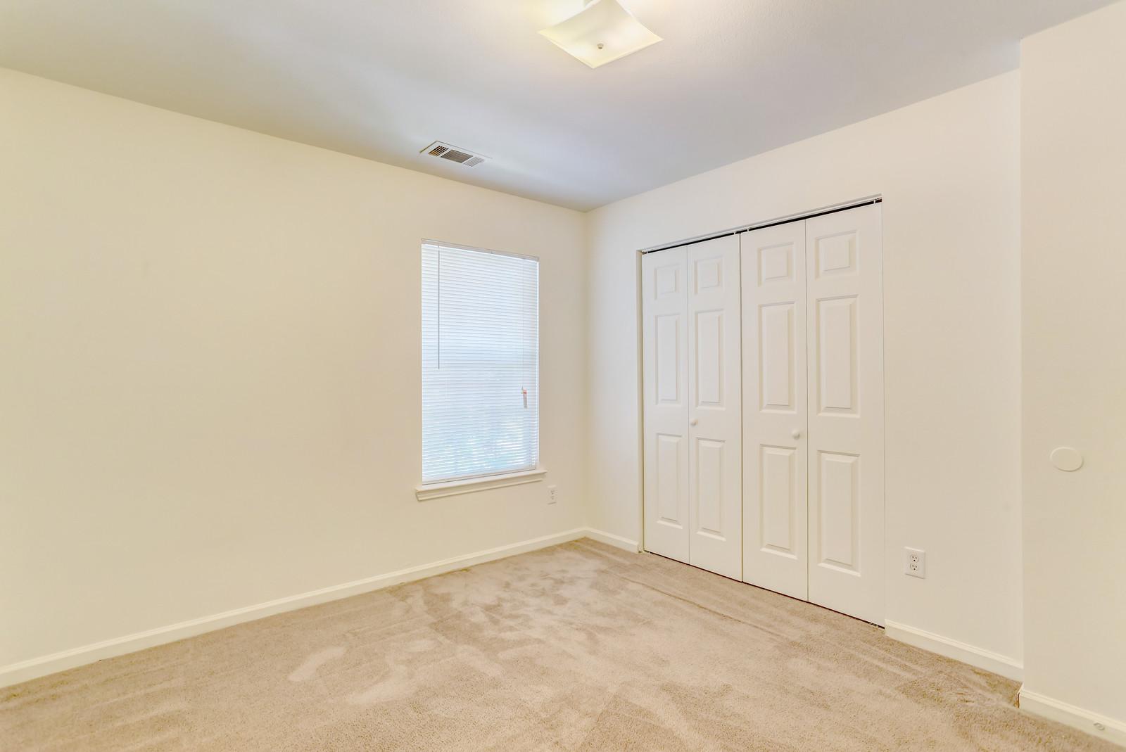 Meadow Creek Bedroom 1.jpg