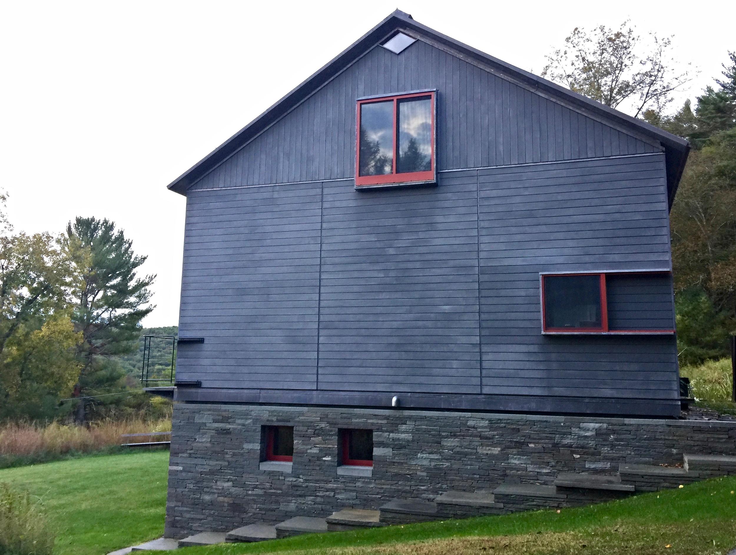 Joe and Jane's barn in Damascus Township, PA