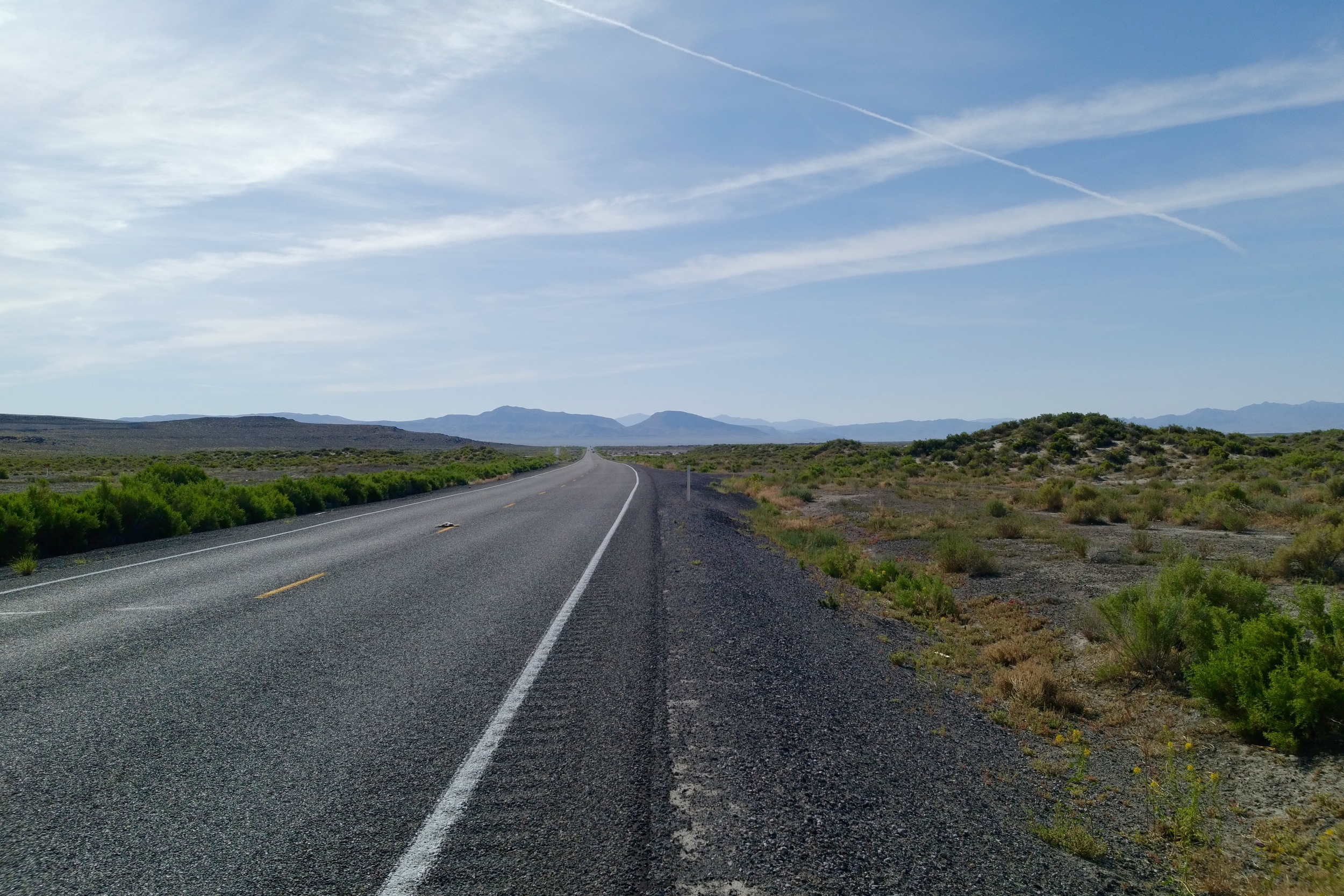 """Highway 50 out of Fallon is the famous """"Loneliest Highway in the World"""", which i don't think is true now - a few days later I was on 21 coming into Utah, and that was far lonelier - maybe one car passed ever hour..."""