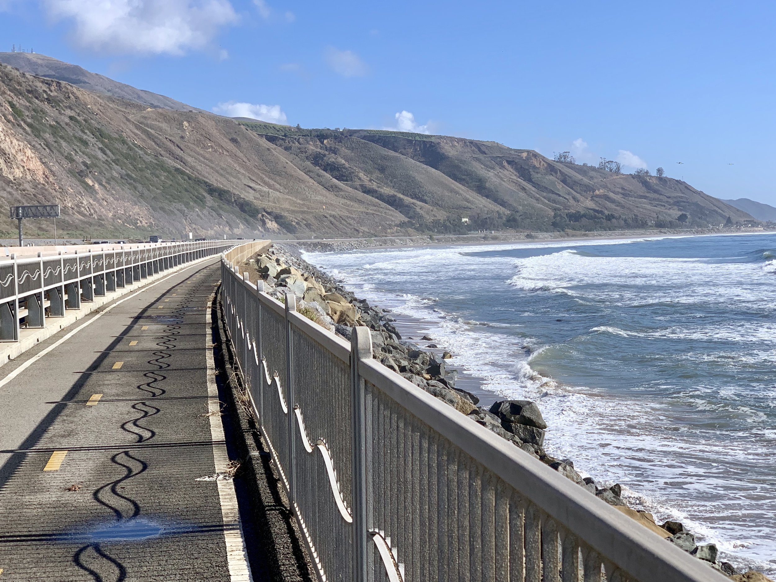 A stretch of cycling path along CA Highway 101.