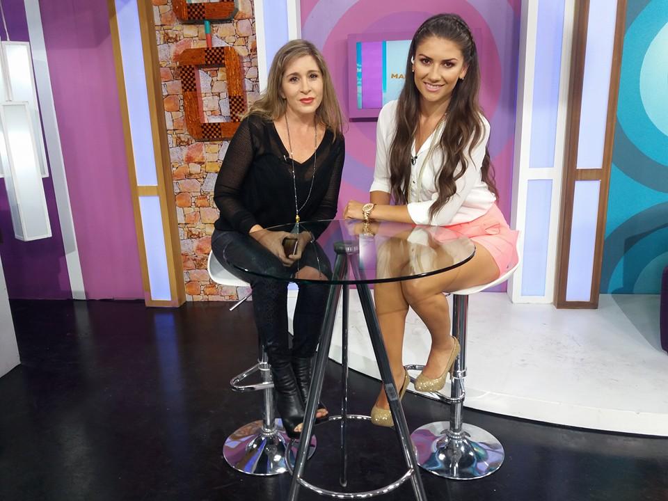 Entrevista en Televicentro en el megazine TVCMañaneros, las tendencias y moda.