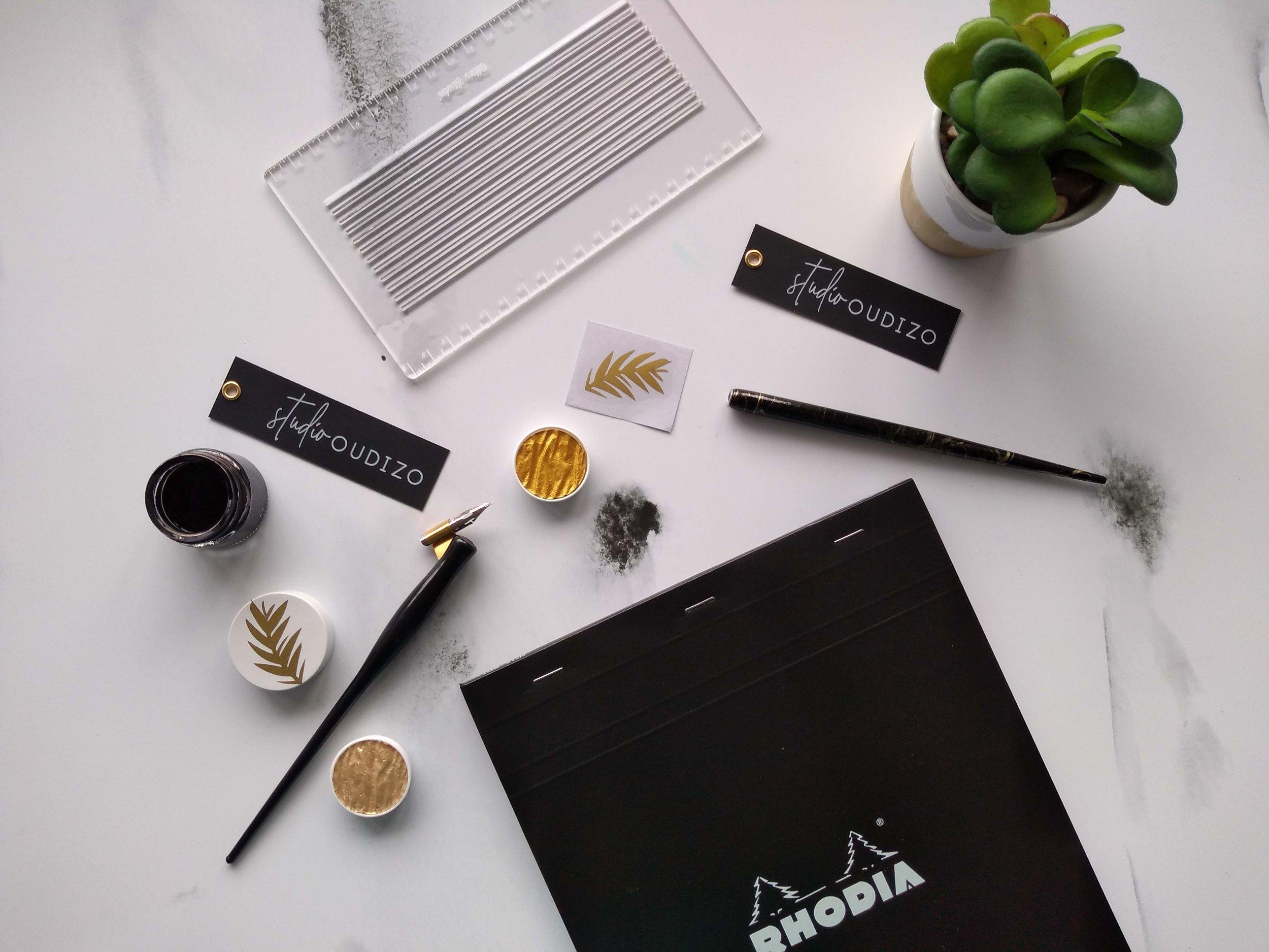 Modern Calligraphy Supplies UK Oblique Pens, Ink, Envelope Guideline Stencil, Rhodia Pads, Finetec Palette