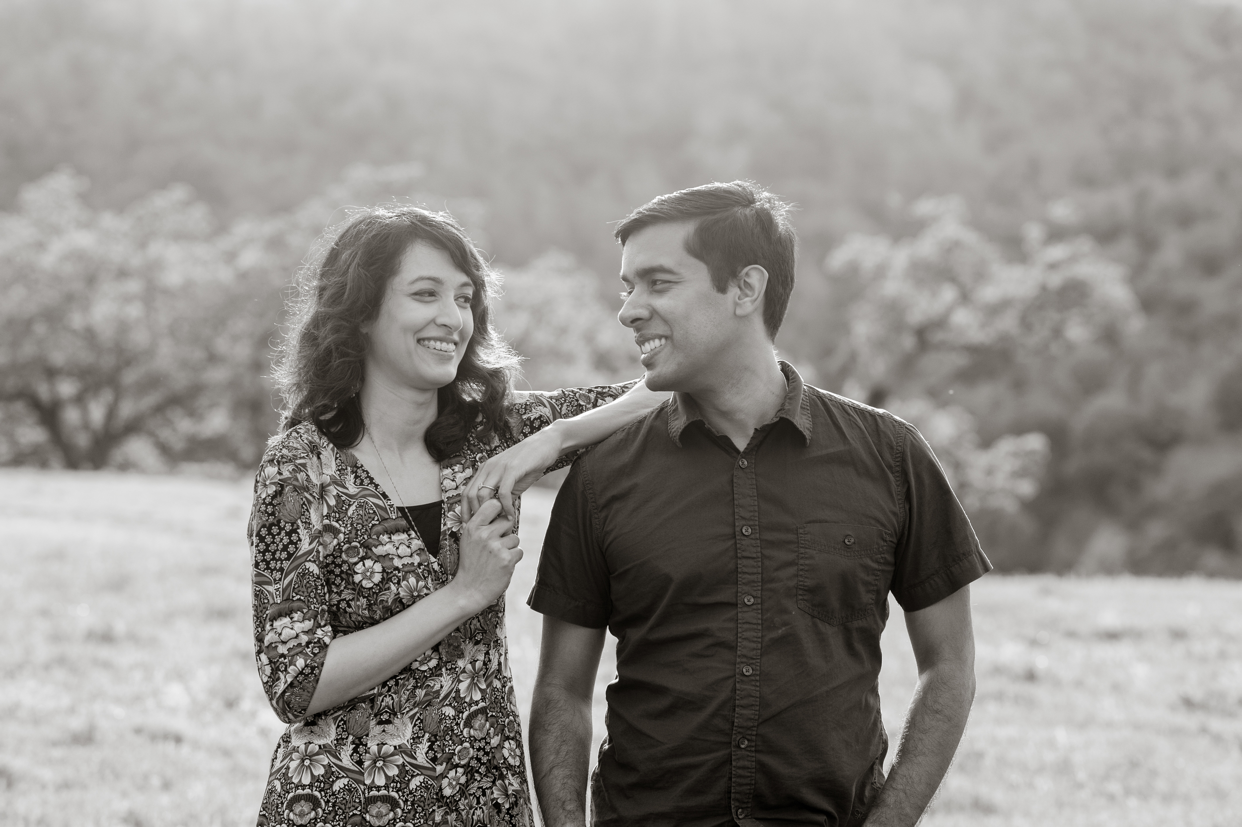 14-sunol-regional-wilderness-springtime-engagement-session.jpg