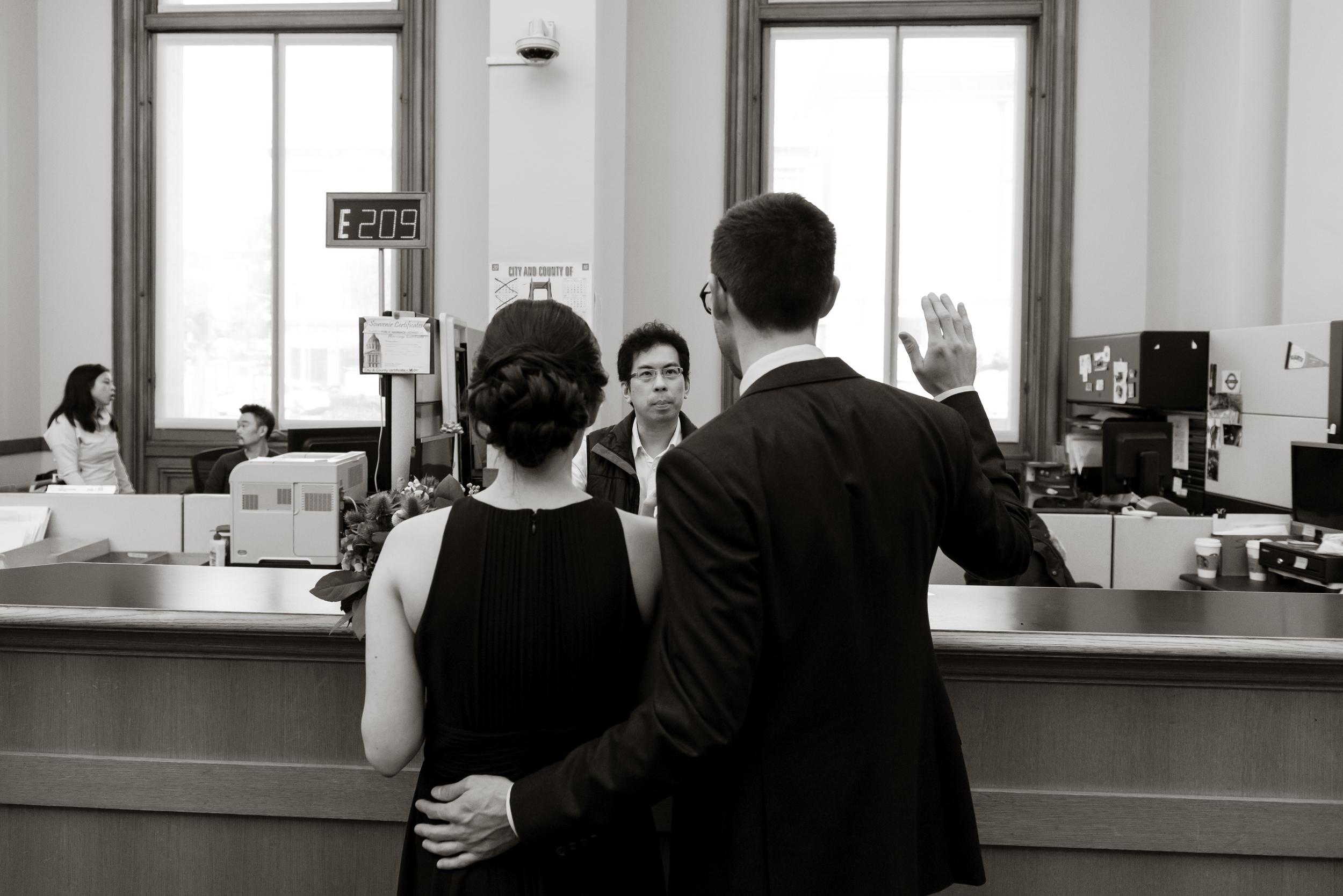 08intimate-san-francisco-city-hall-foreign-cinema-wedding.jpg