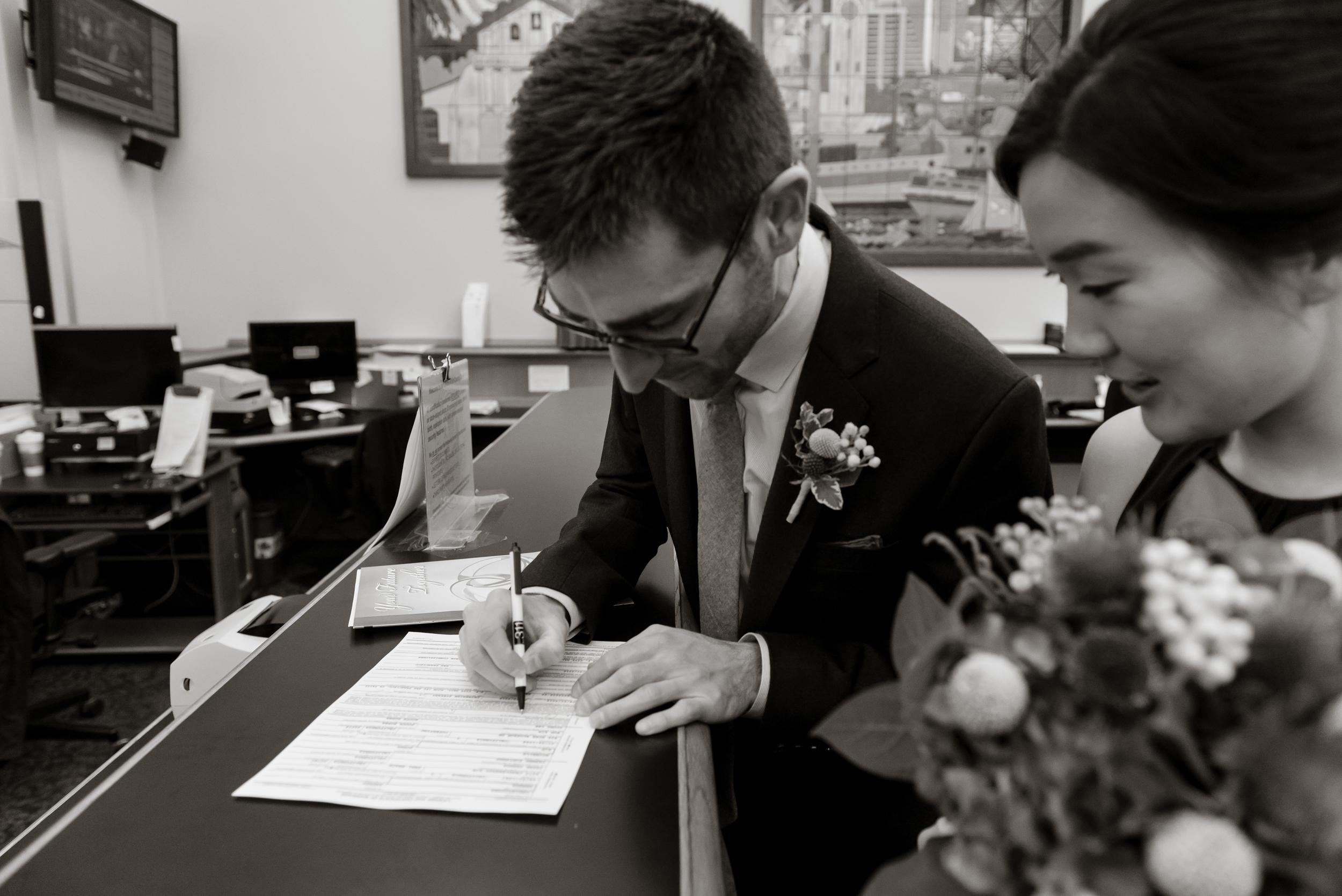 09intimate-san-francisco-city-hall-foreign-cinema-wedding.jpg