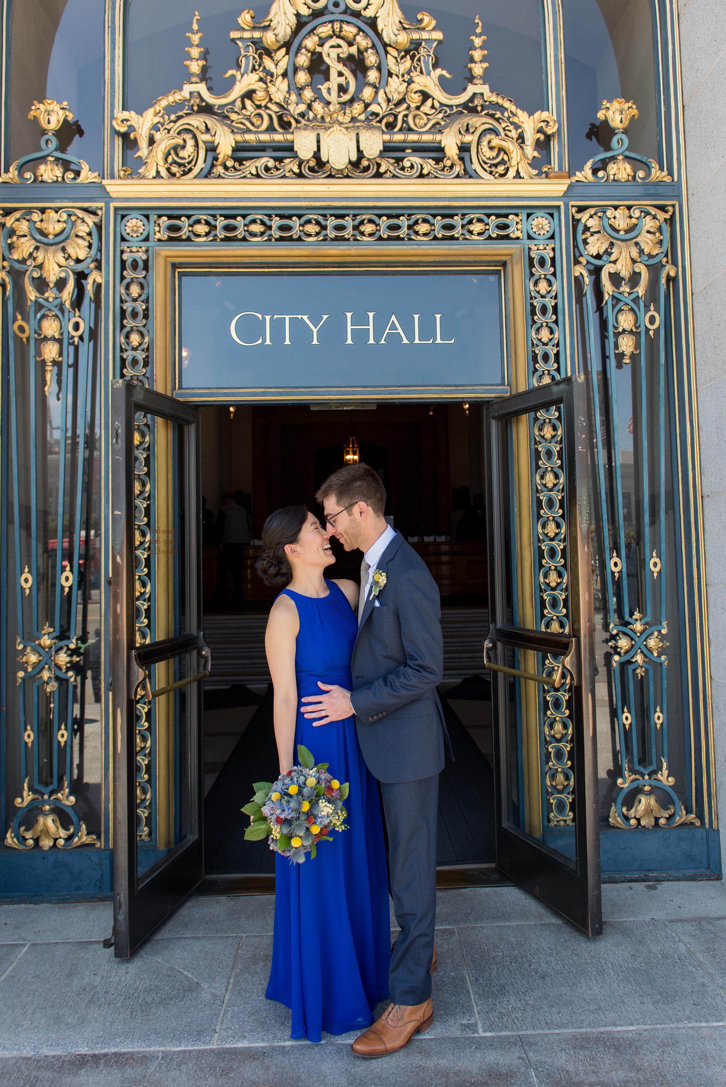 31intimate-san-francisco-city-hall-foreign-cinema-wedding.jpg