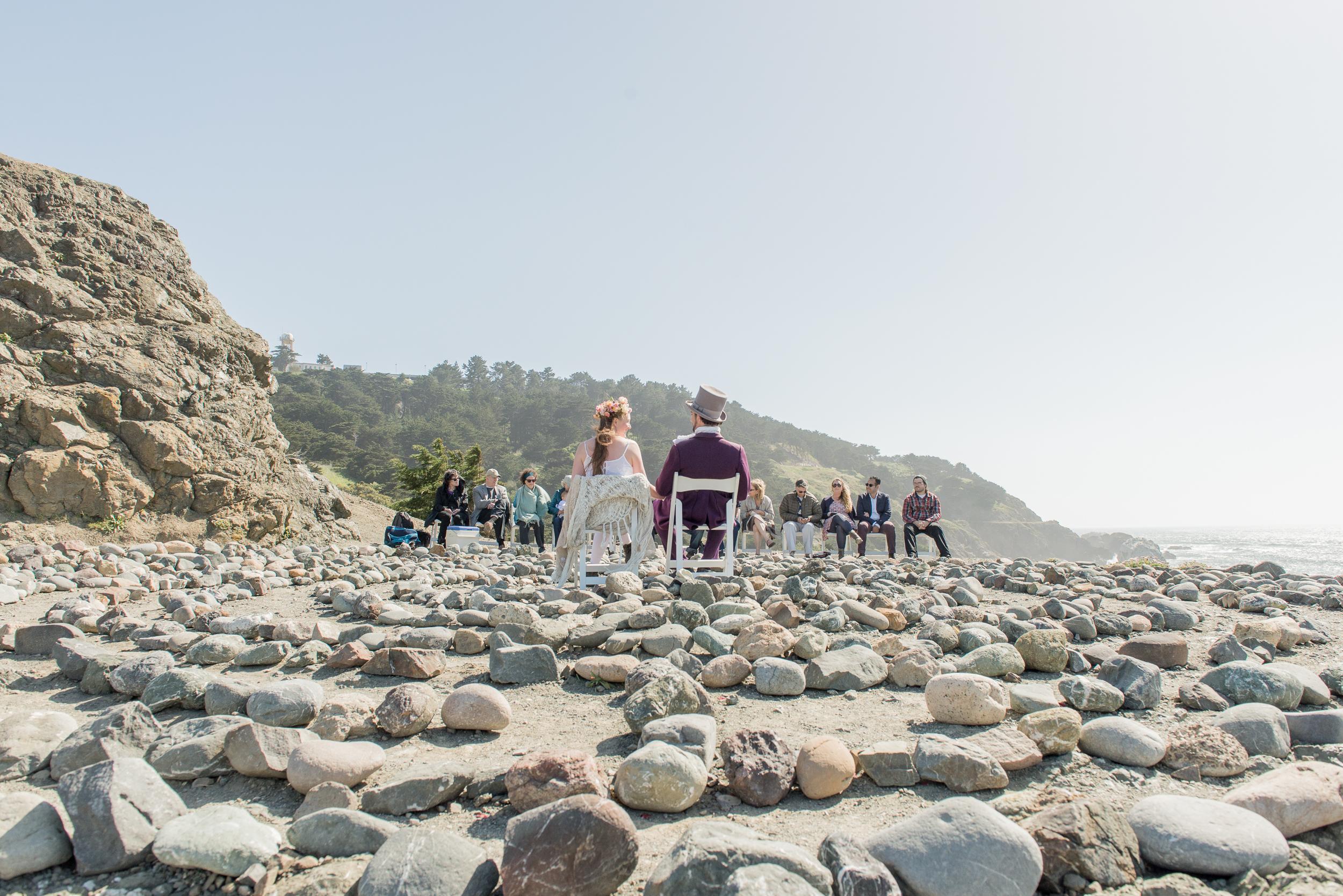 intimate-lands-end-labyrinth-san-francisco-wedding-24.jpg