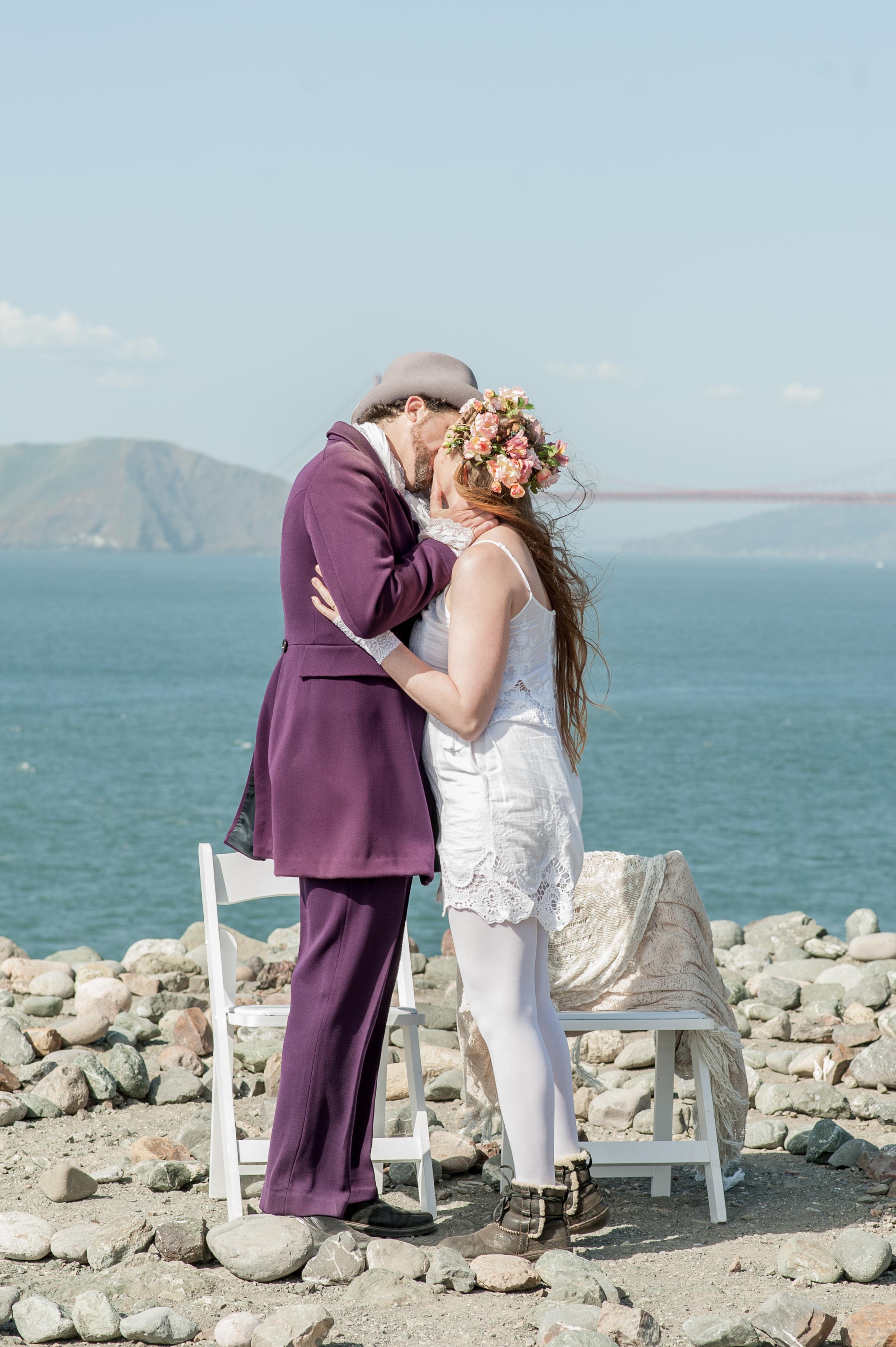 intimate-lands-end-labyrinth-san-francisco-wedding-37.jpg