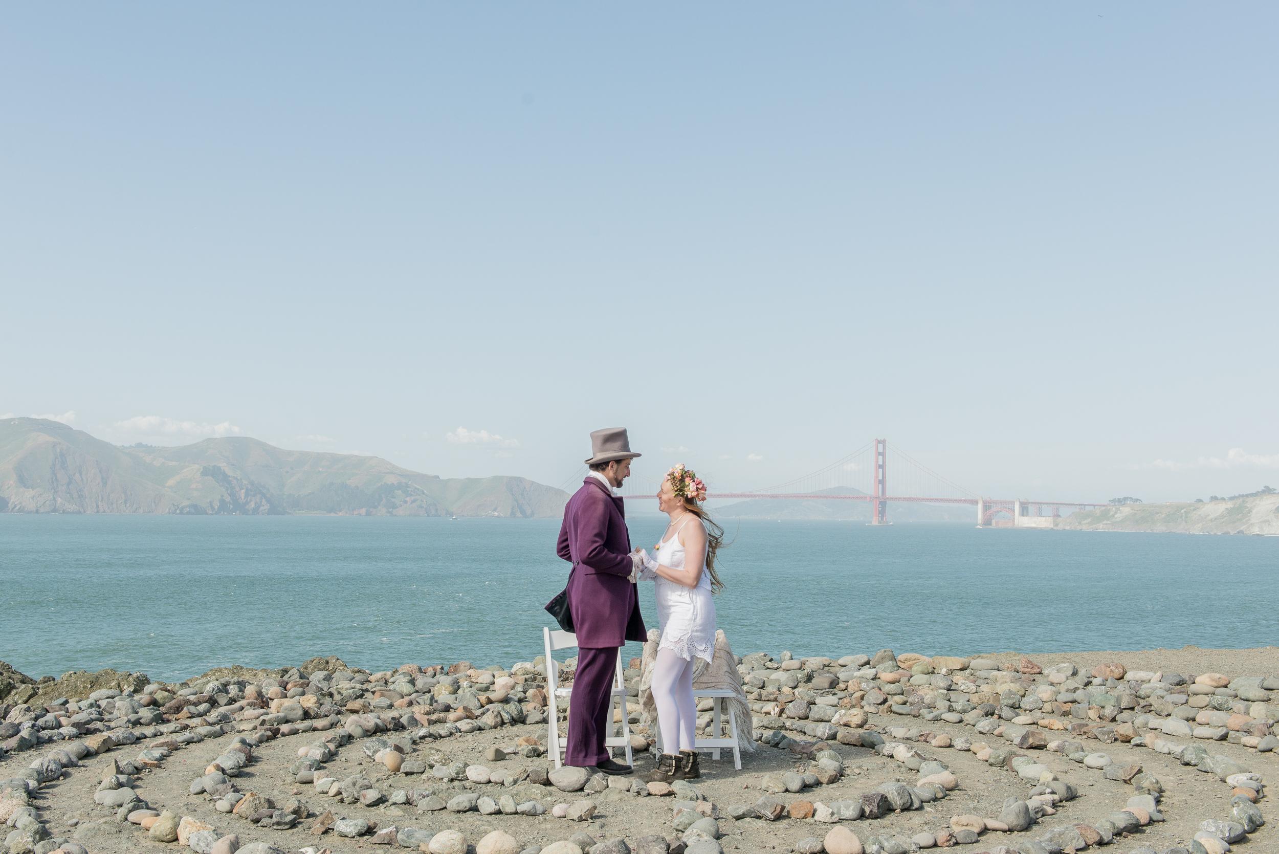 intimate-lands-end-labyrinth-san-francisco-wedding-38.jpg