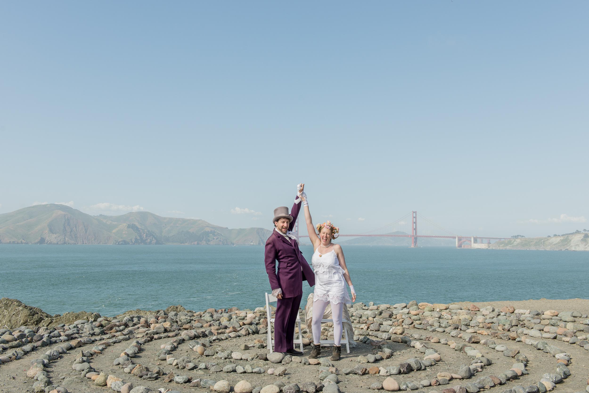 intimate-lands-end-labyrinth-san-francisco-wedding-39.jpg