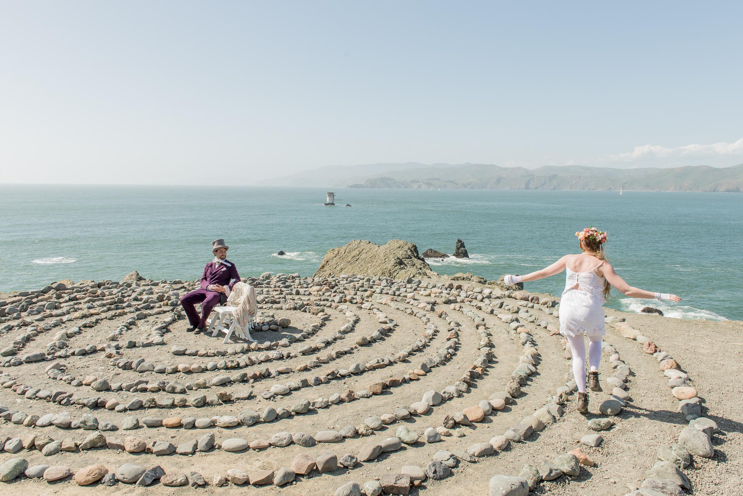 intimate-lands-end-labyrinth-san-francisco-wedding-16.jpg