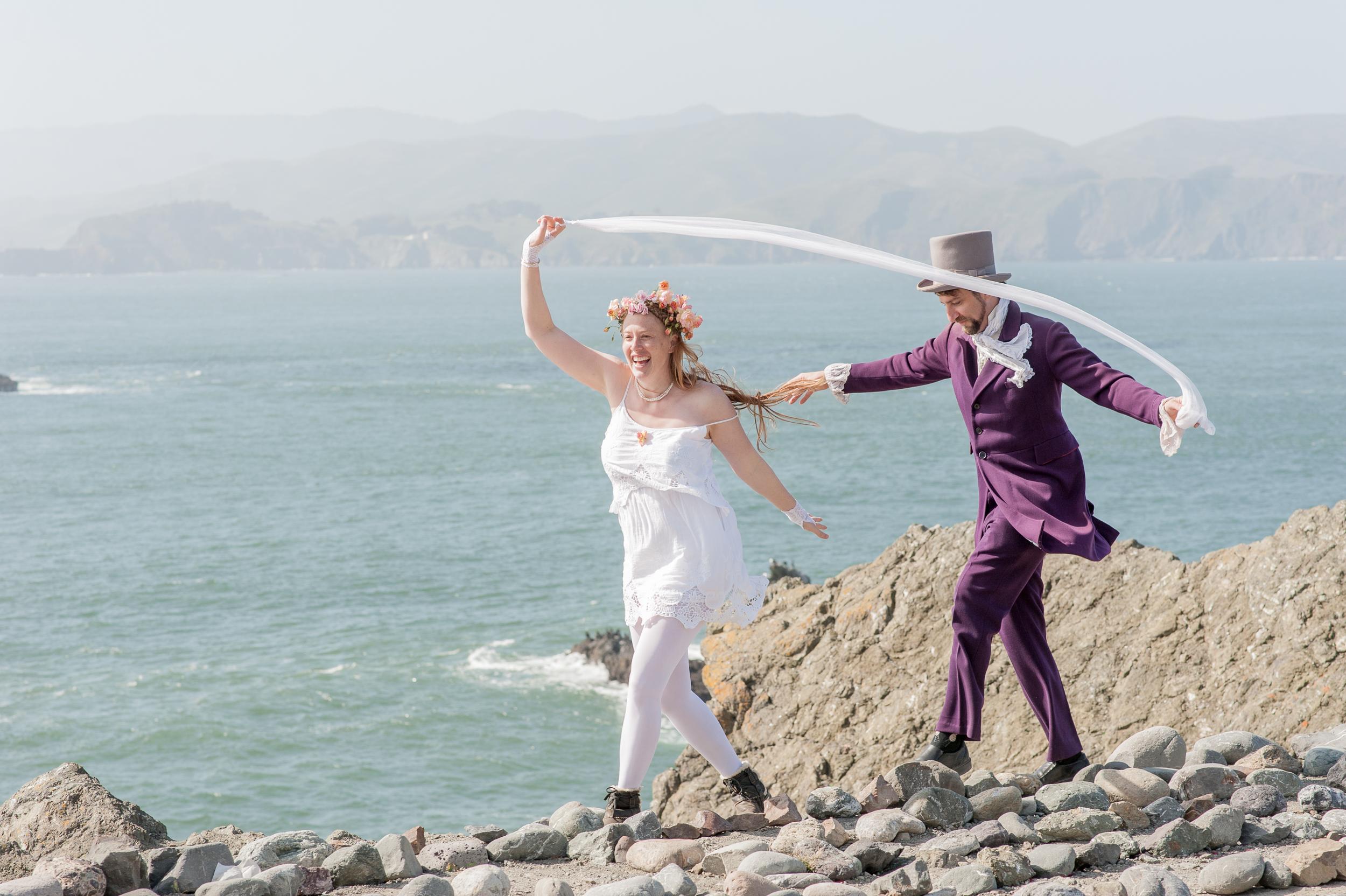 intimate-lands-end-labyrinth-san-francisco-wedding-50.jpg