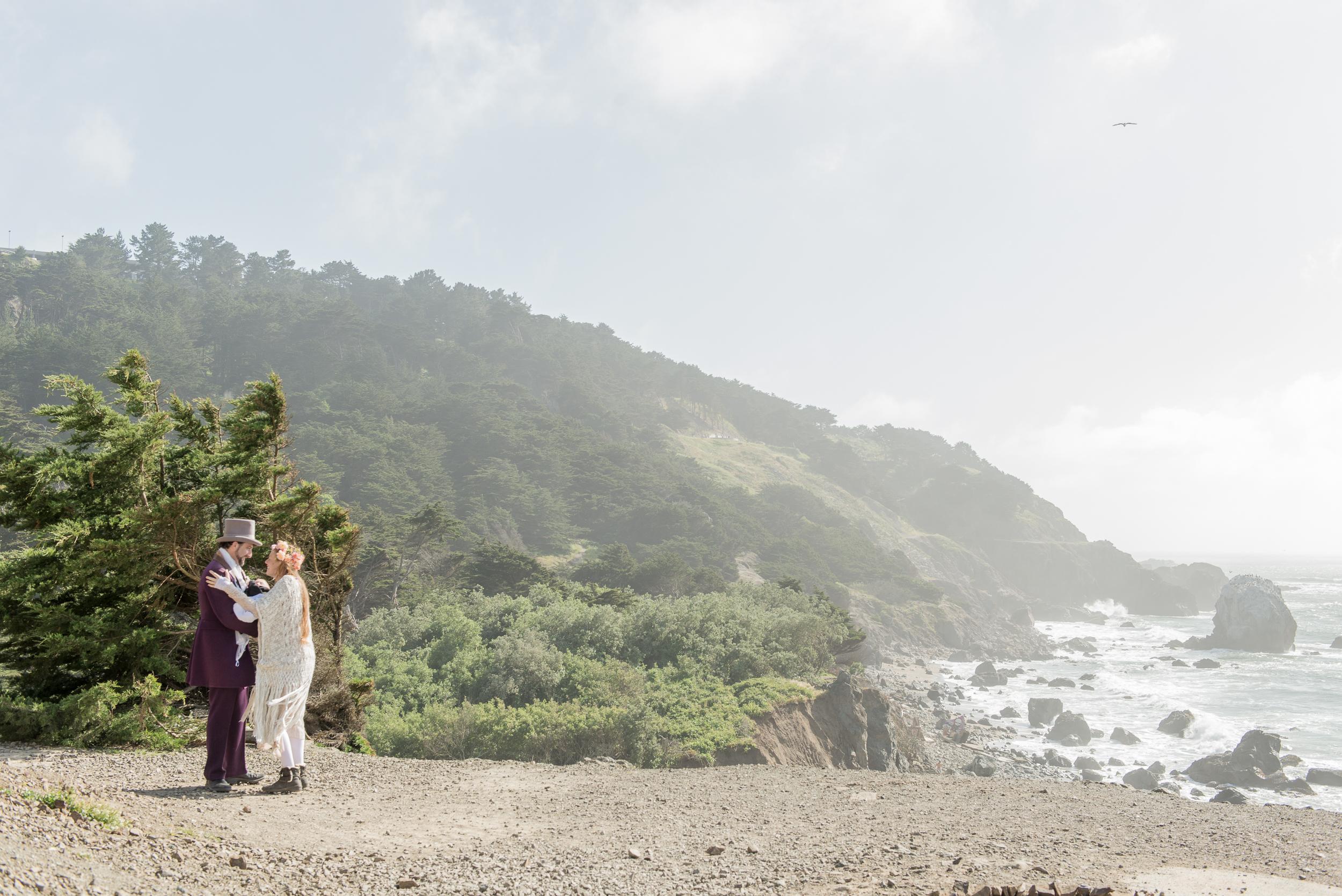 intimate-lands-end-labyrinth-san-francisco-wedding-60.jpg