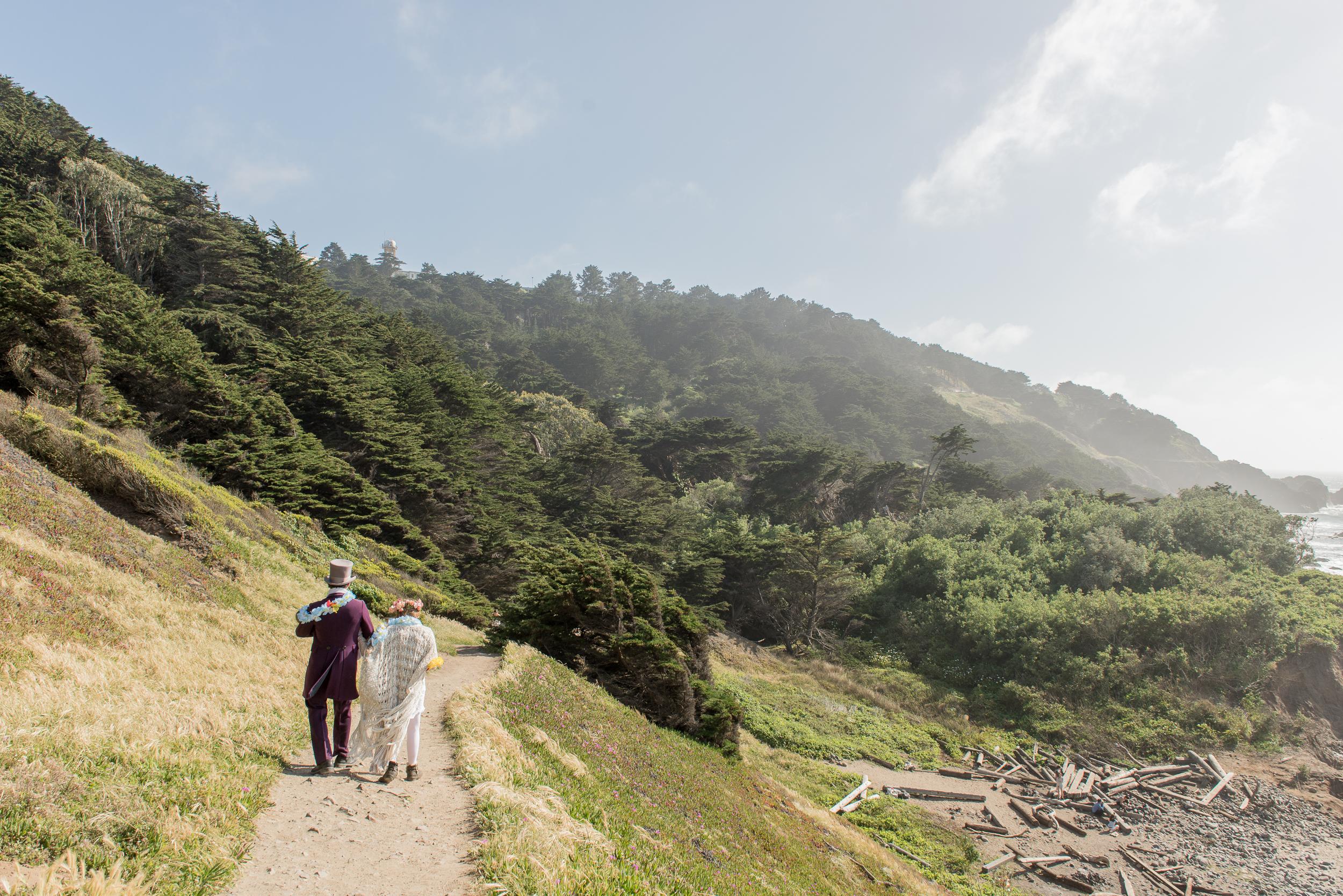 intimate-lands-end-labyrinth-san-francisco-wedding-68.jpg