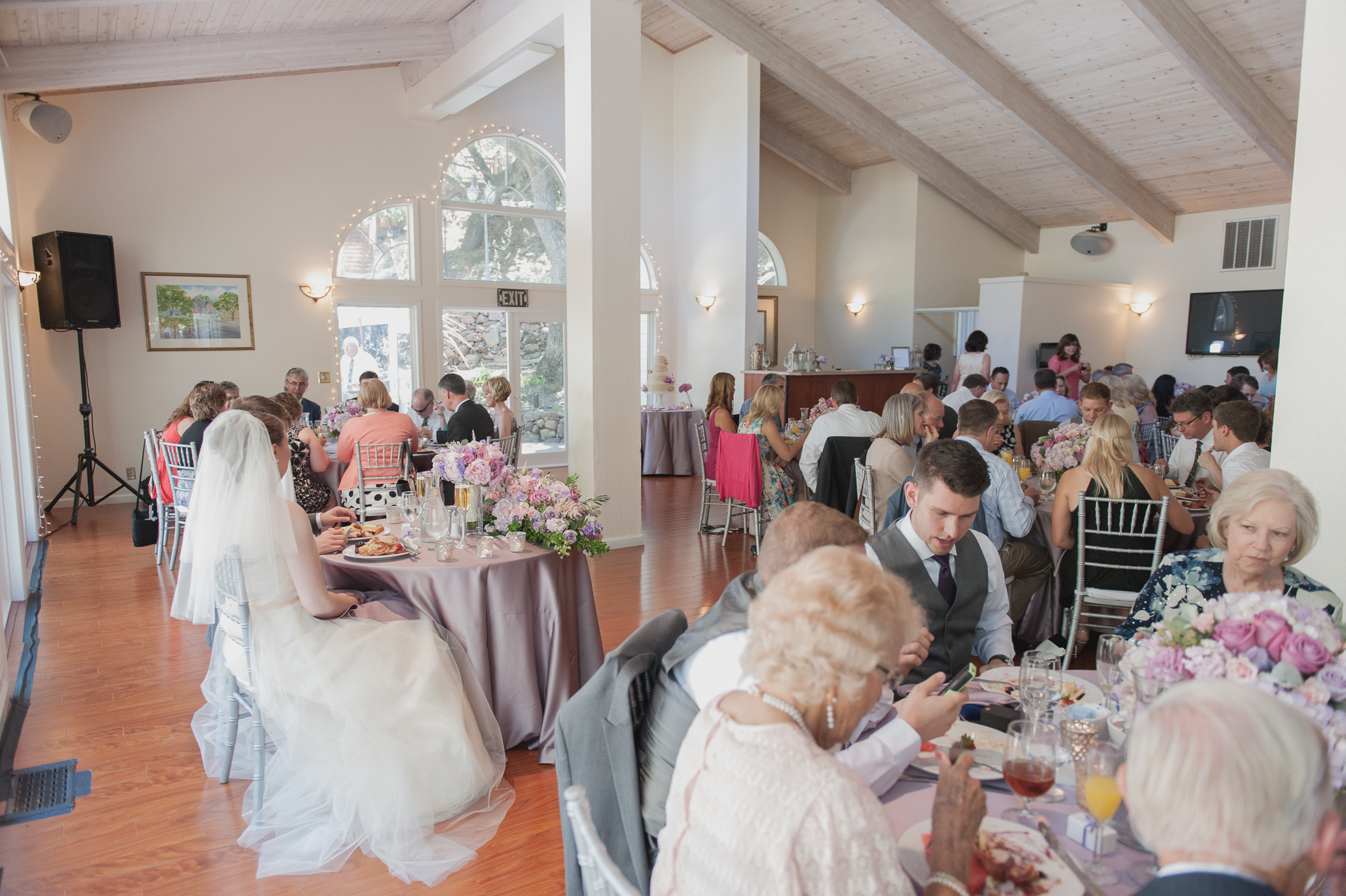 elliston-vineyards-morning-wedding-vivianchen-032.jpg