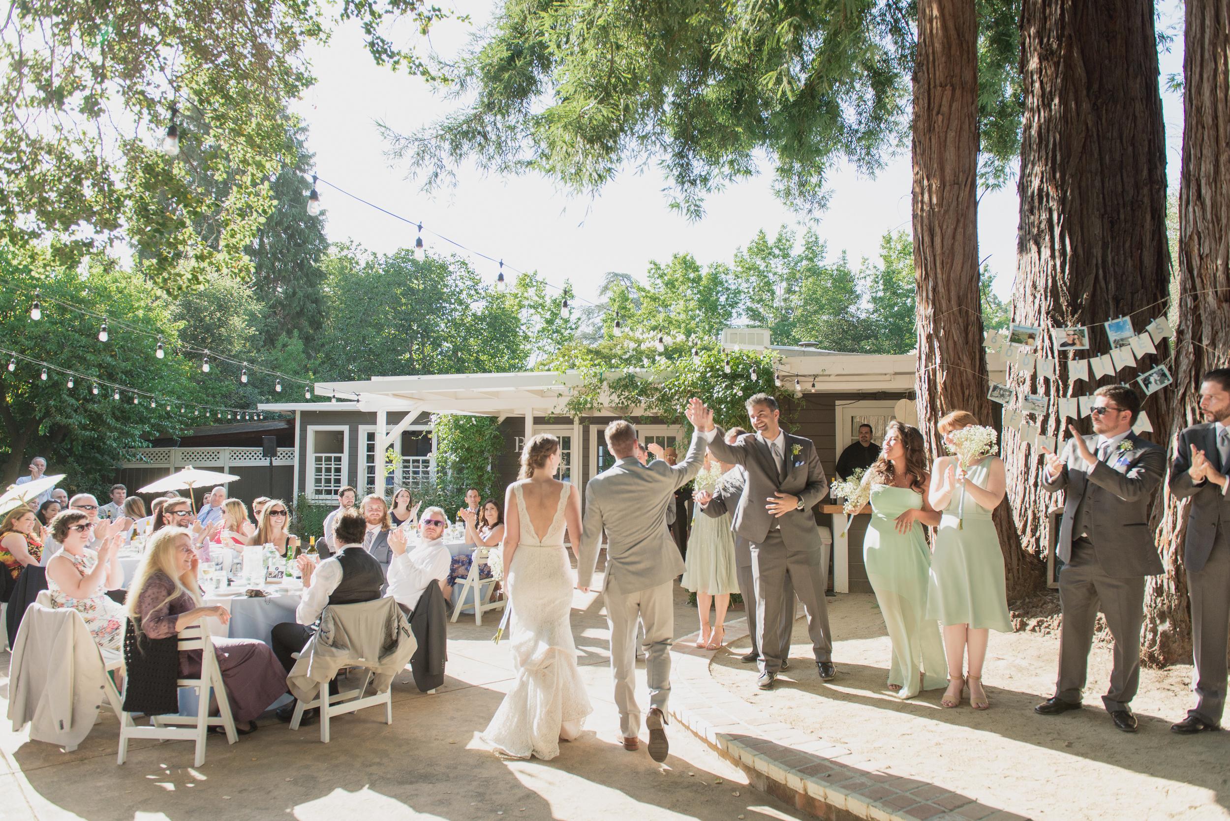 29-down-to-earth-marin-art-garden-center-wedding-vivianchen.jpg