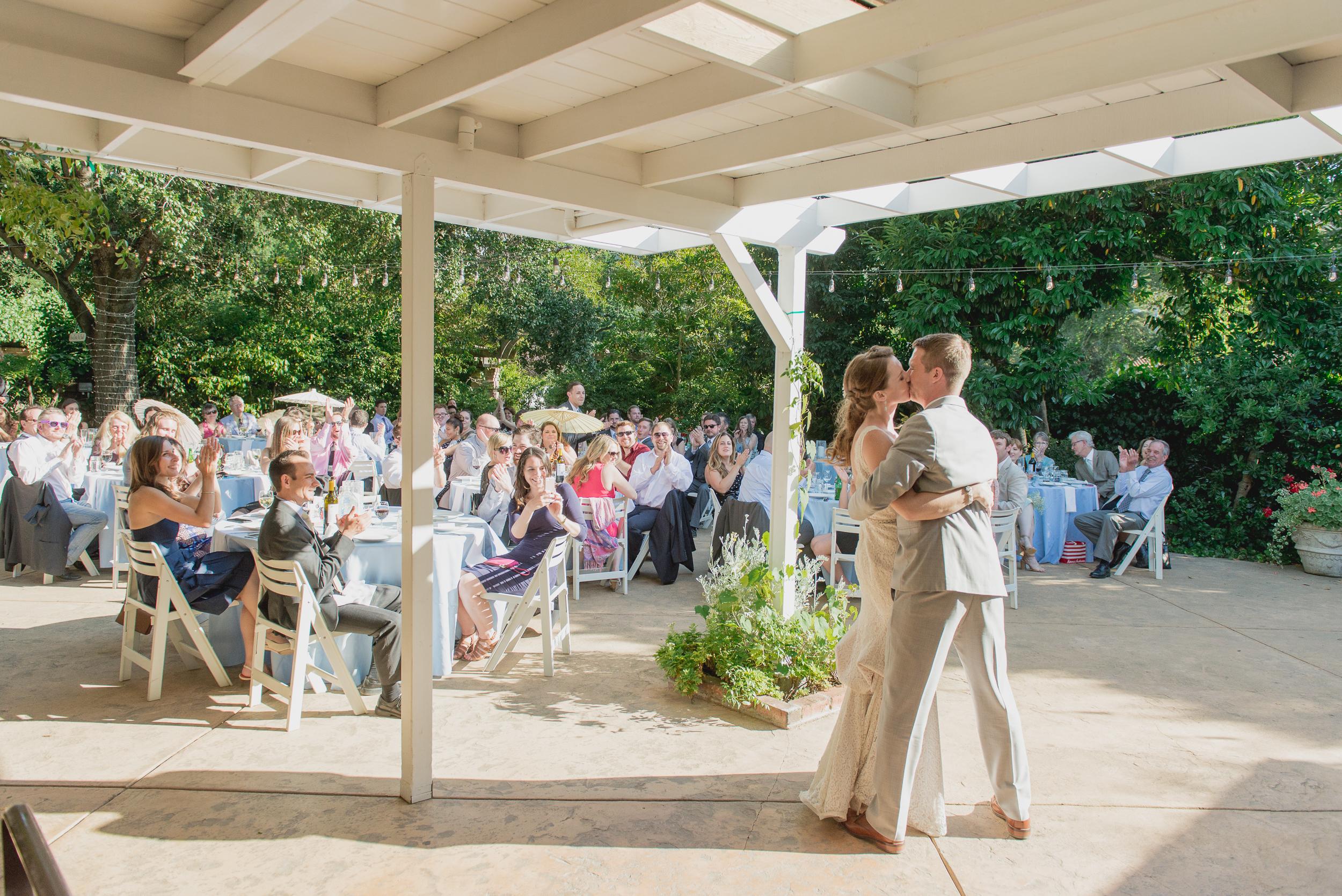 33-down-to-earth-marin-art-garden-center-wedding-vivianchen.jpg