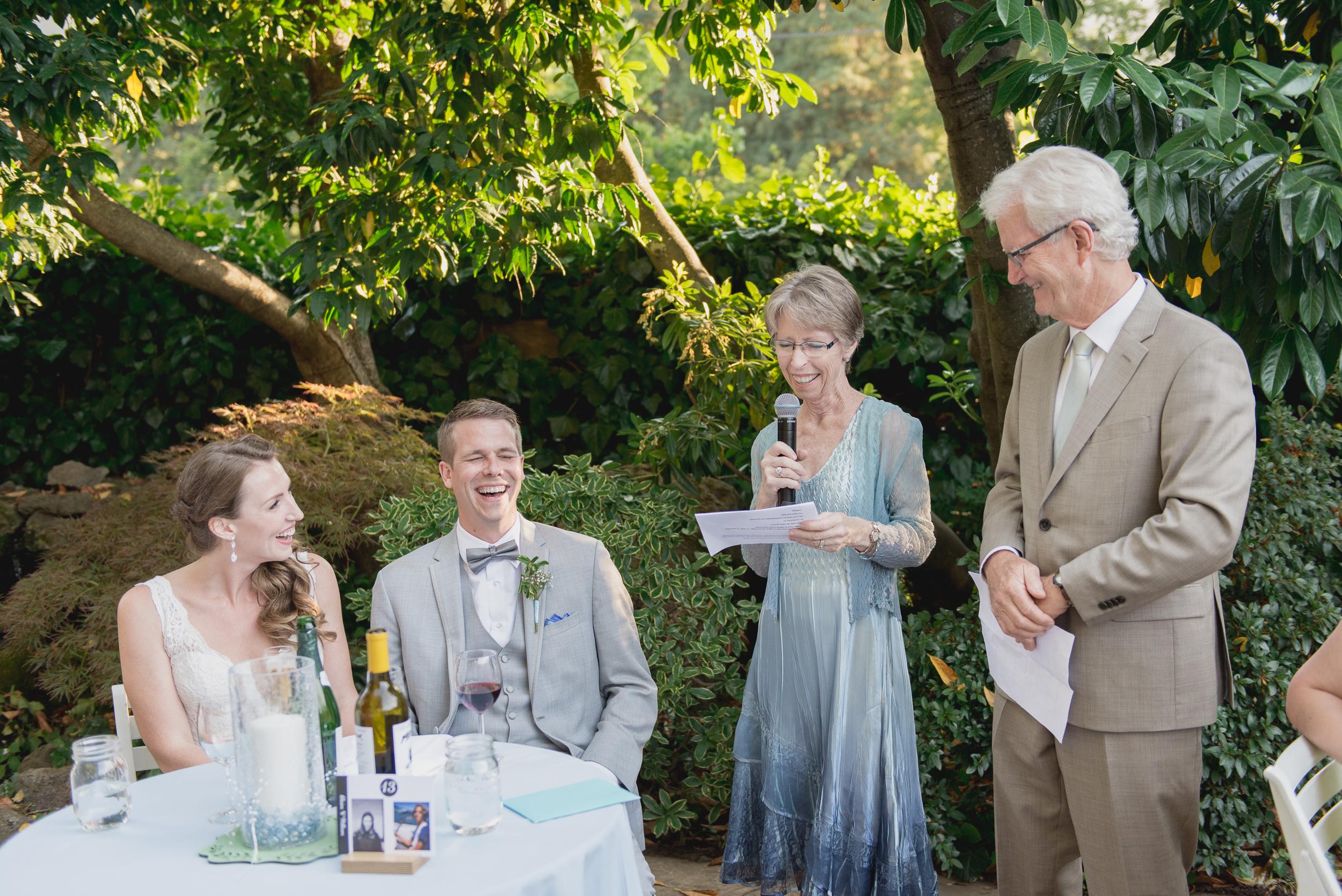 38-down-to-earth-marin-art-garden-center-wedding-vivianchen.jpg