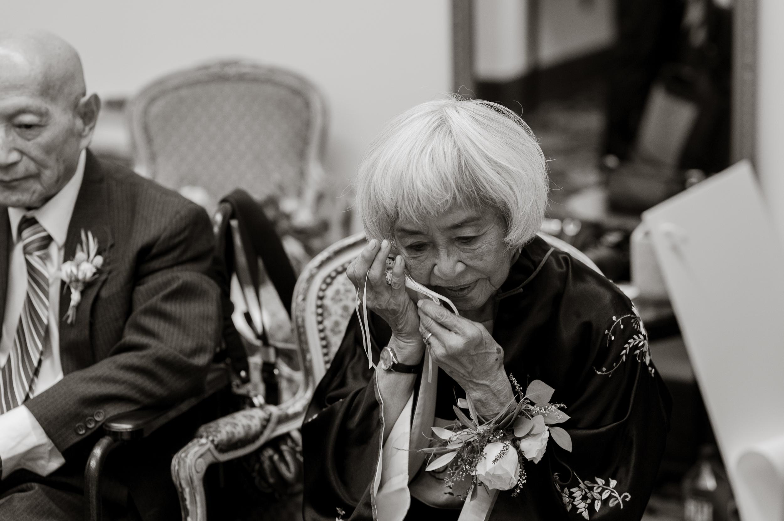 24san-francisco-green-room-wedding-photographer-vivianchen.jpg