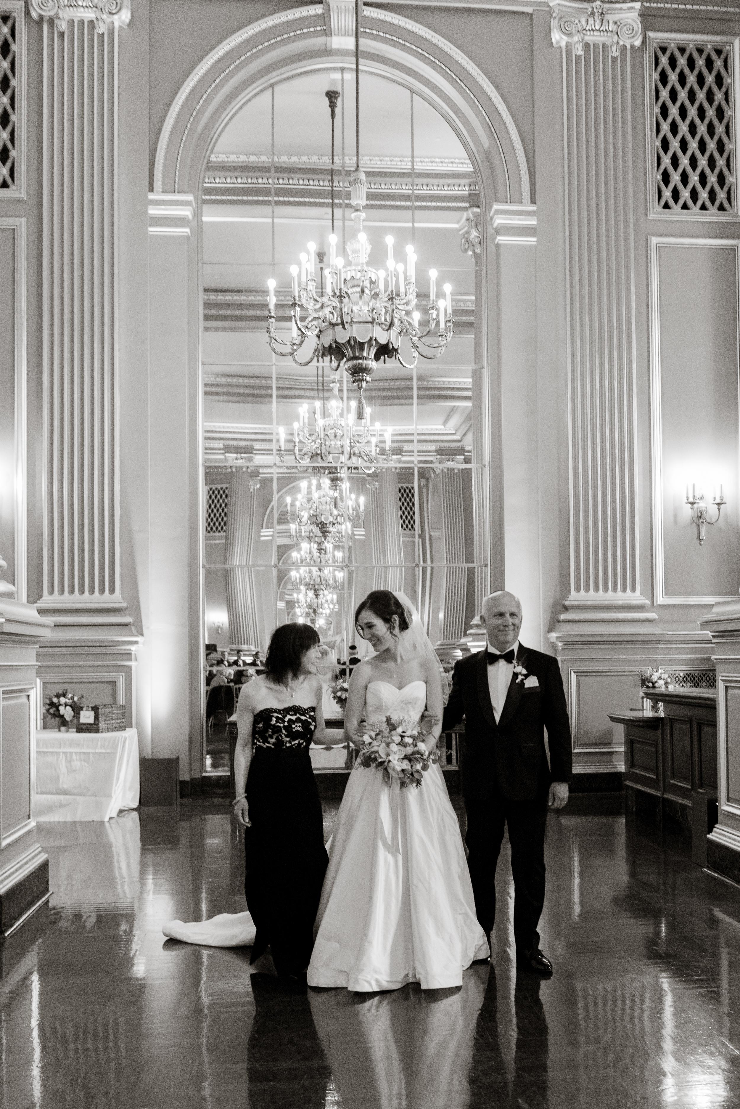 26san-francisco-green-room-wedding-photographer-vivianchen.jpg