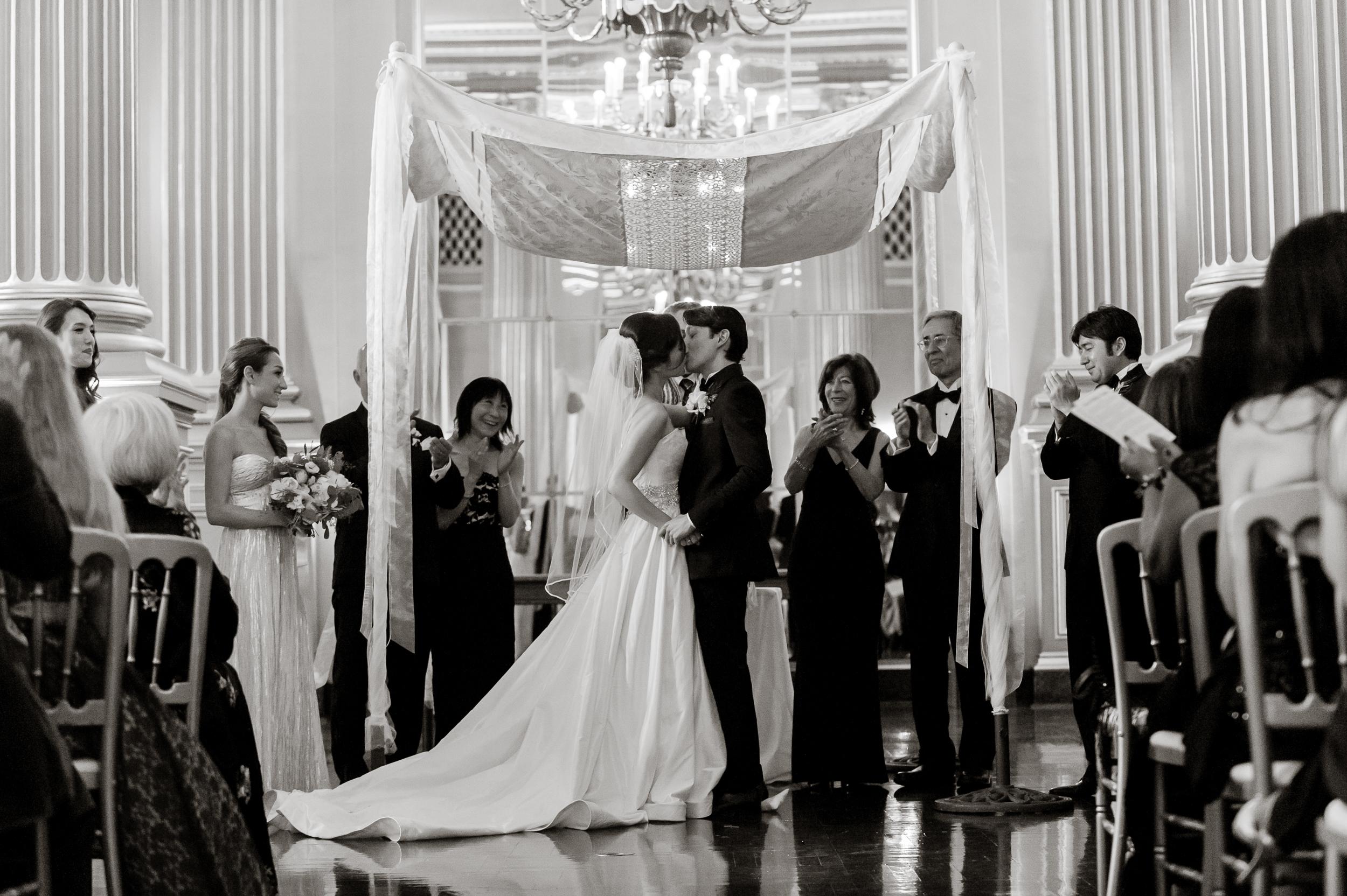 31san-francisco-green-room-wedding-photographer-vivianchen.jpg