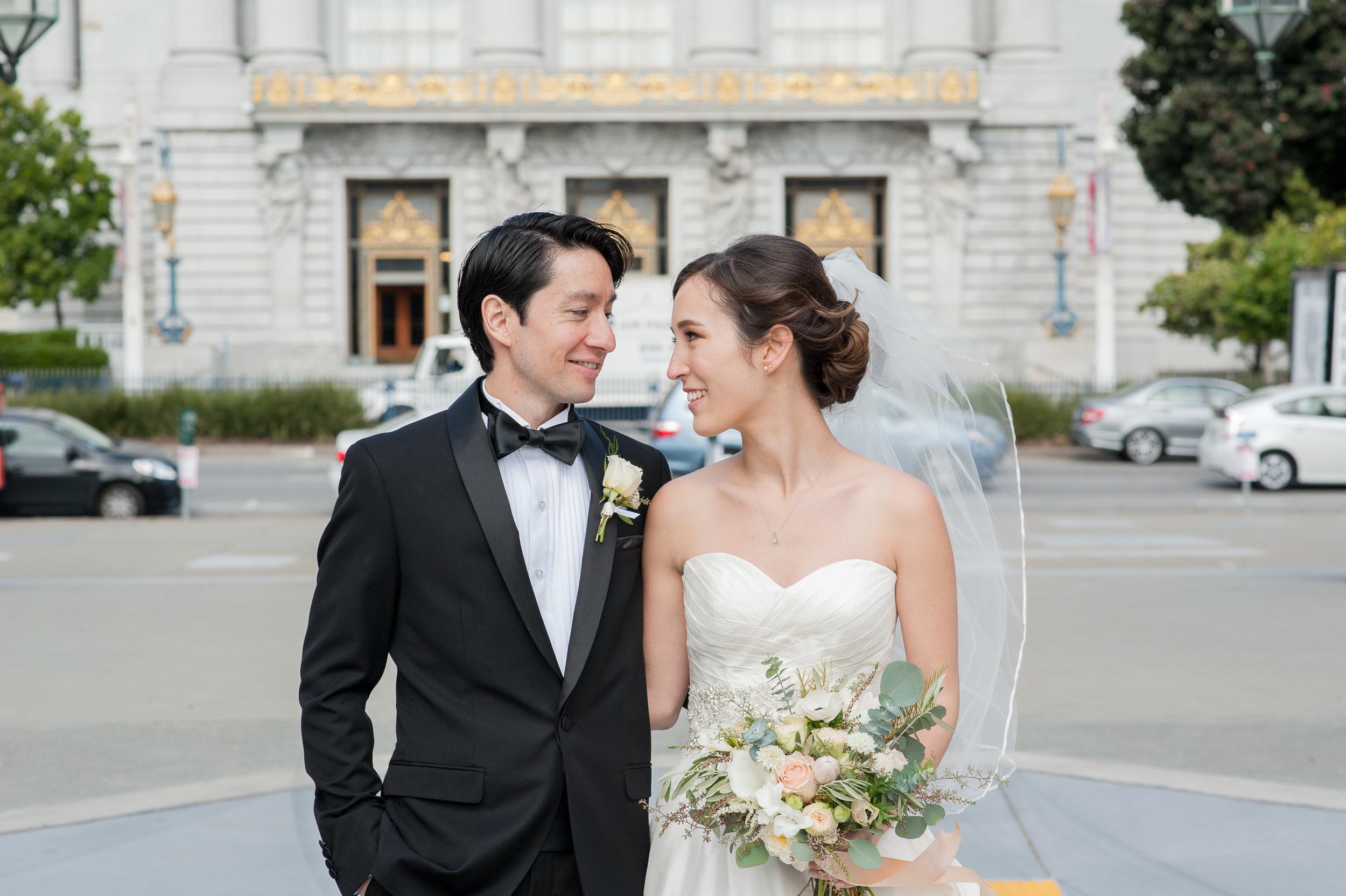 35san-francisco-green-room-wedding-photographer-vivianchen.jpg