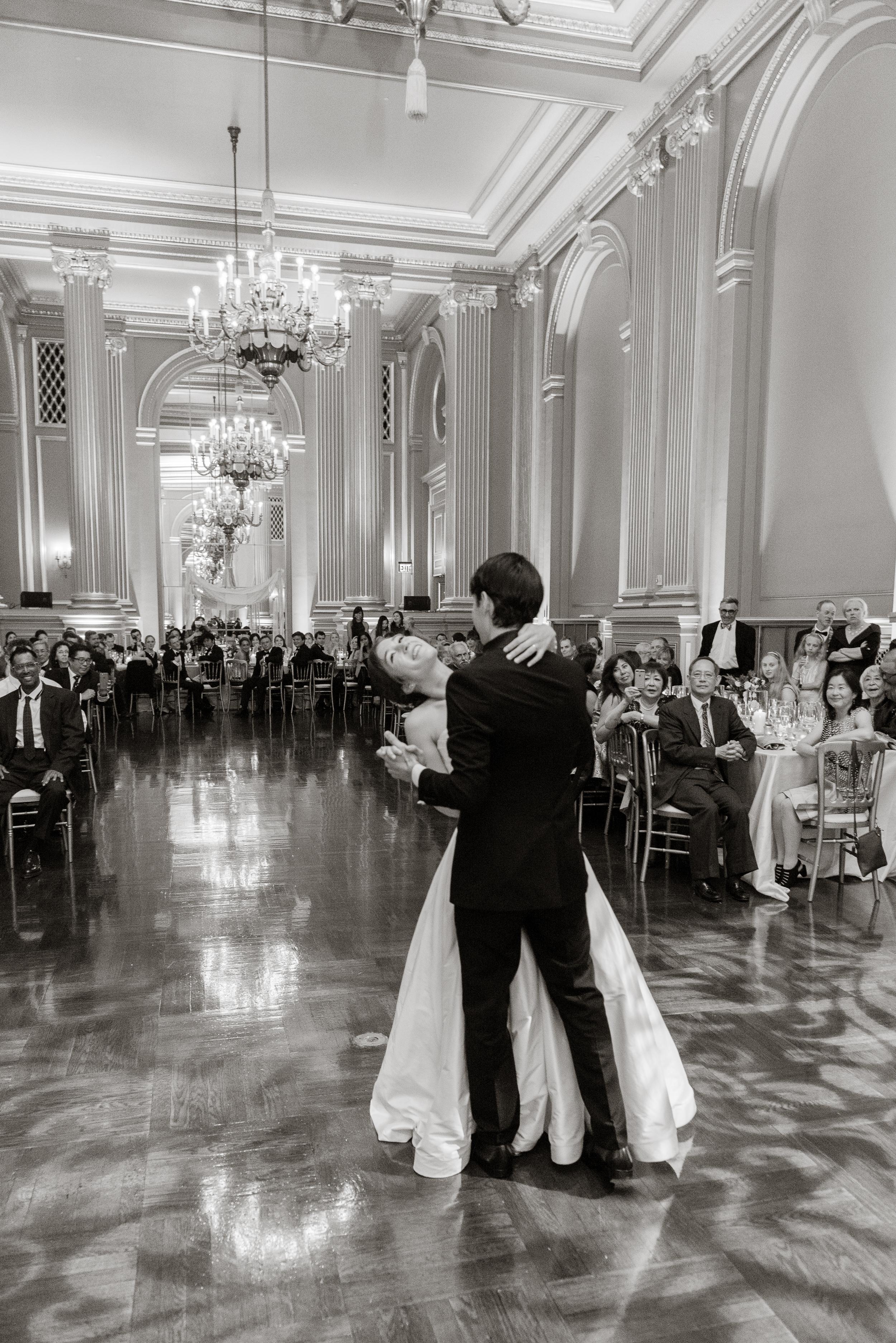 61san-francisco-green-room-wedding-photographer-vivianchen.jpg