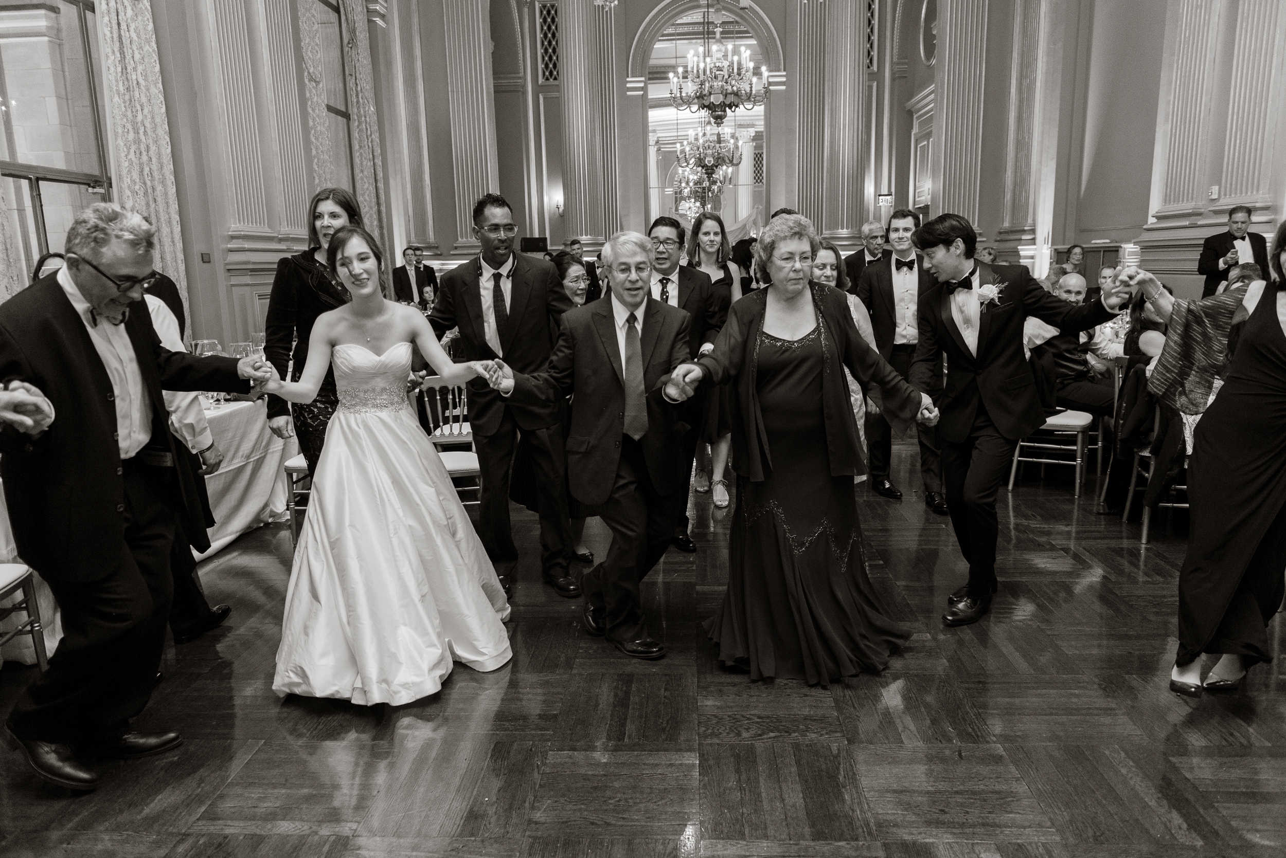 63san-francisco-green-room-wedding-photographer-vivianchen.jpg