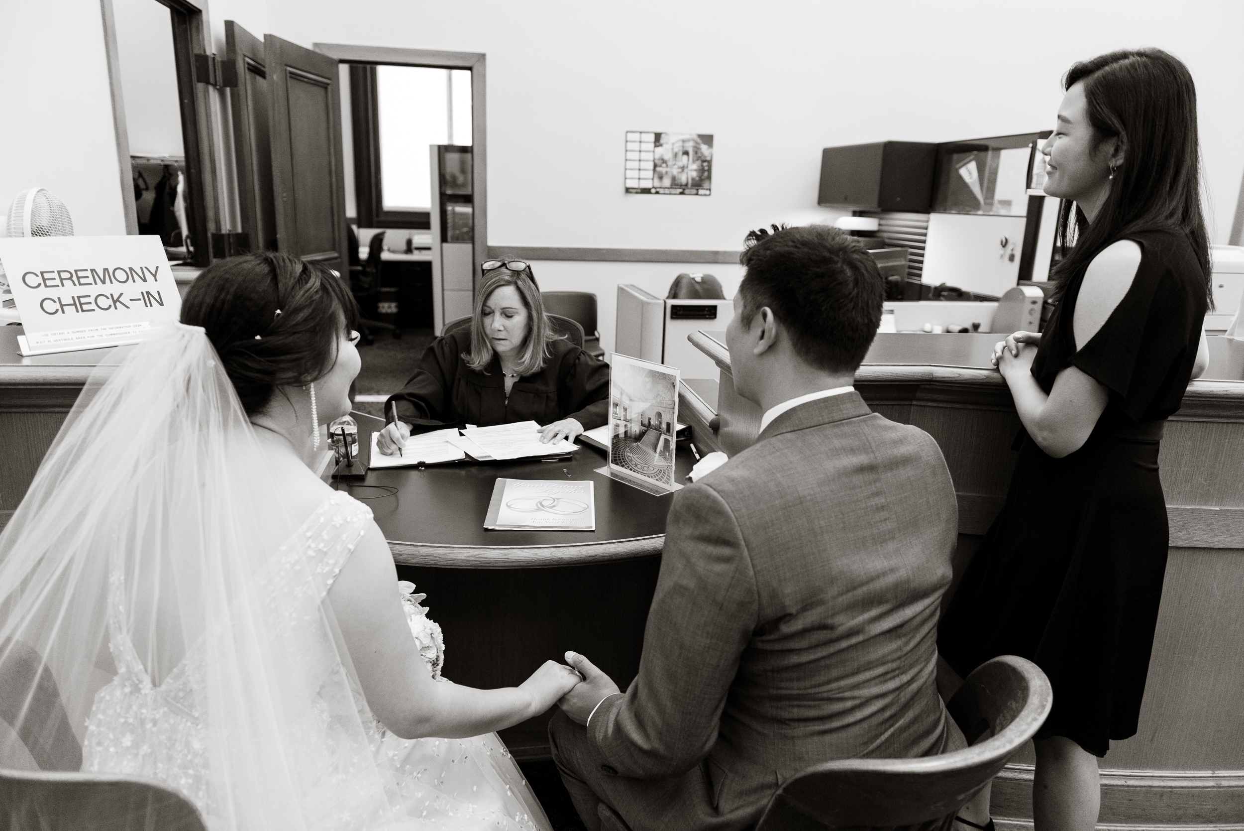 11-san-francisco-city-hall-elopement-photographer-vc.jpg