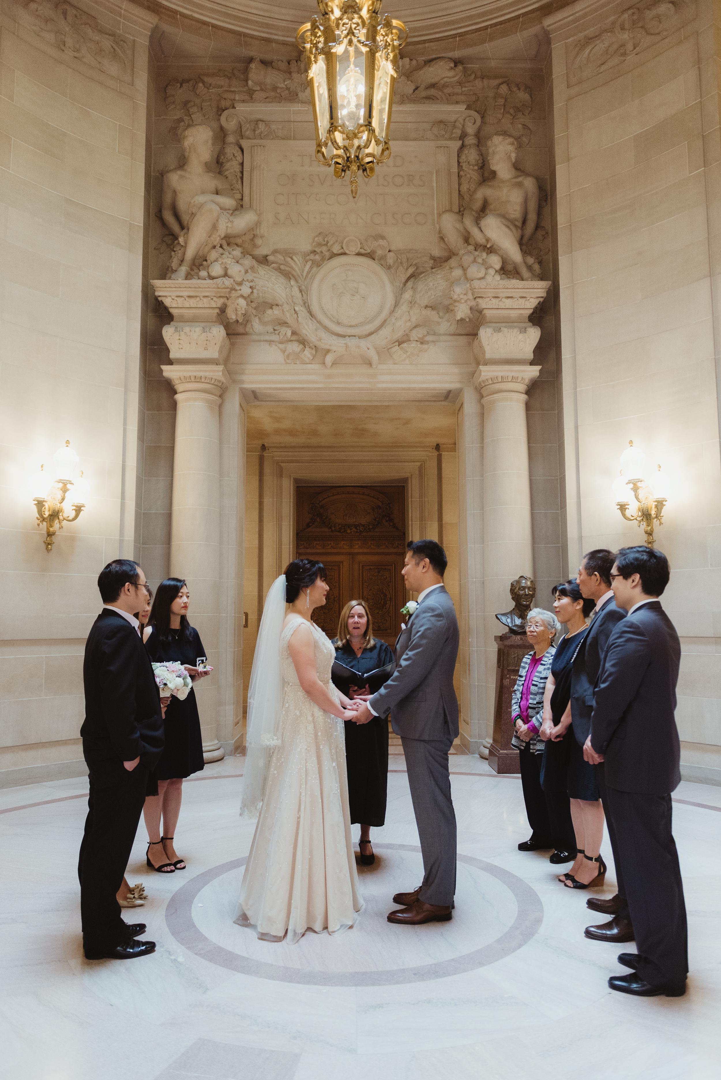 13-san-francisco-city-hall-elopement-photographer-vc.jpg