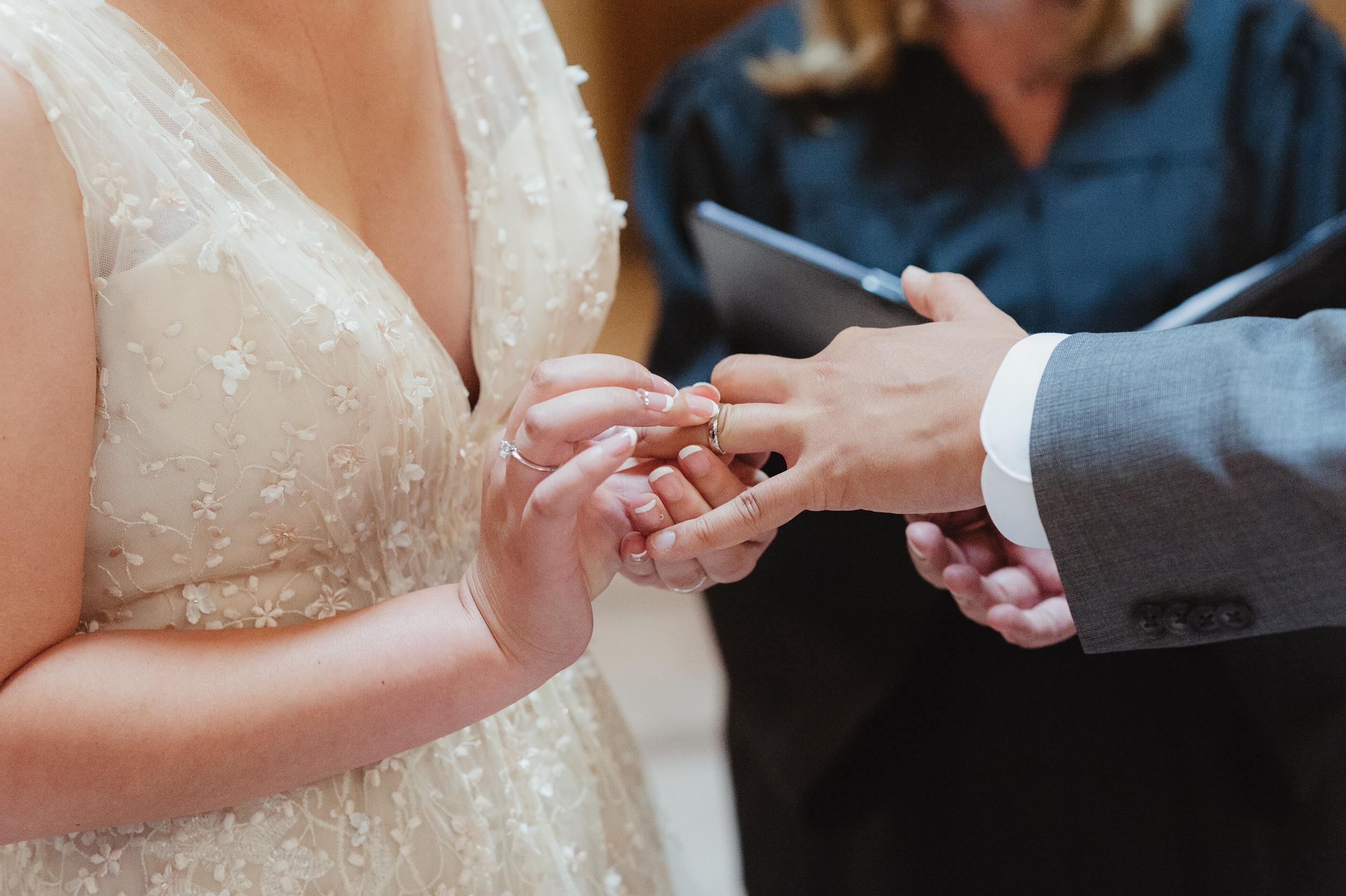 20-san-francisco-city-hall-elopement-photographer-vc.jpg