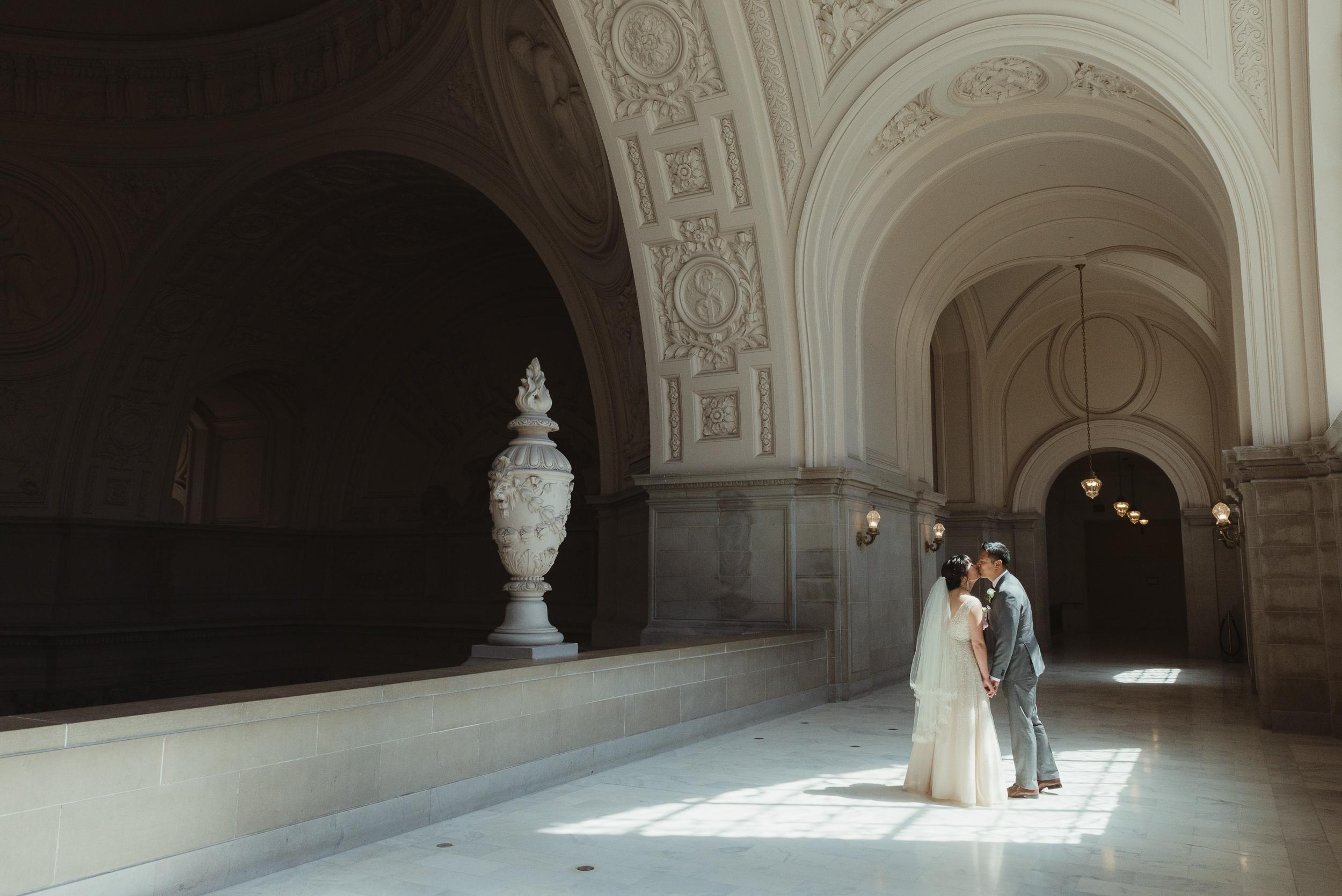 34-san-francisco-city-hall-elopement-photographer-vc.jpg