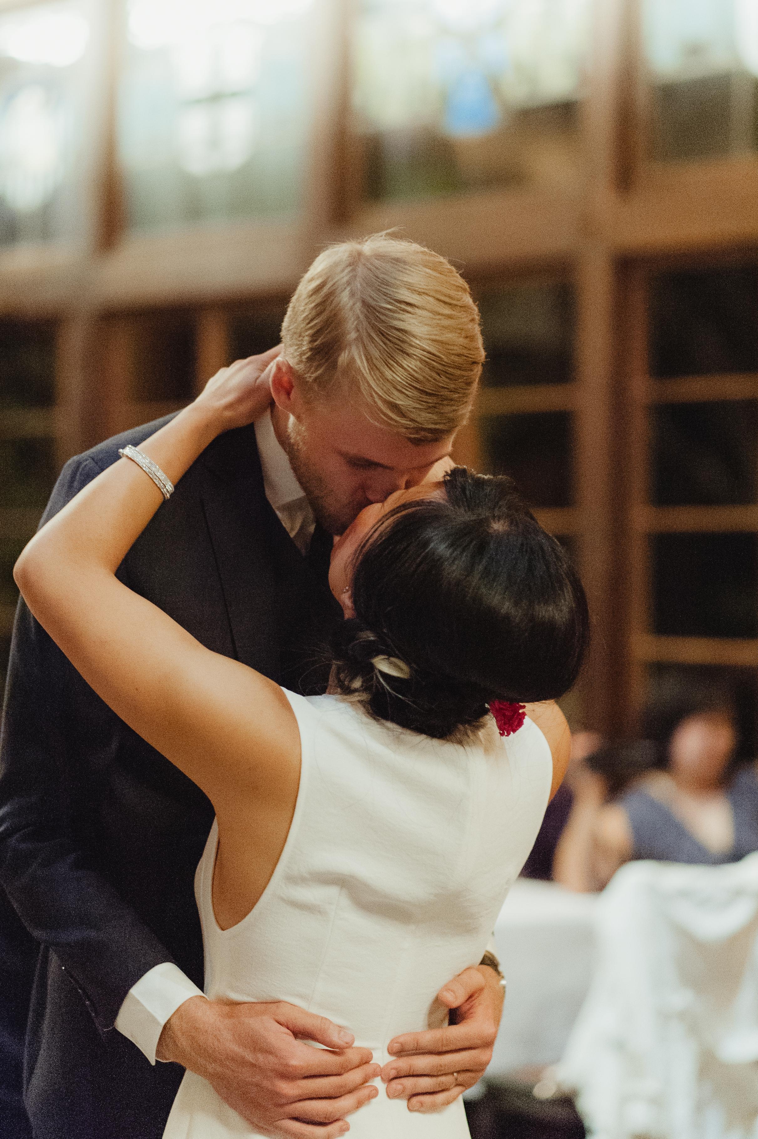 faculty-club-berkeley-wedding-photographer-vc080.jpg