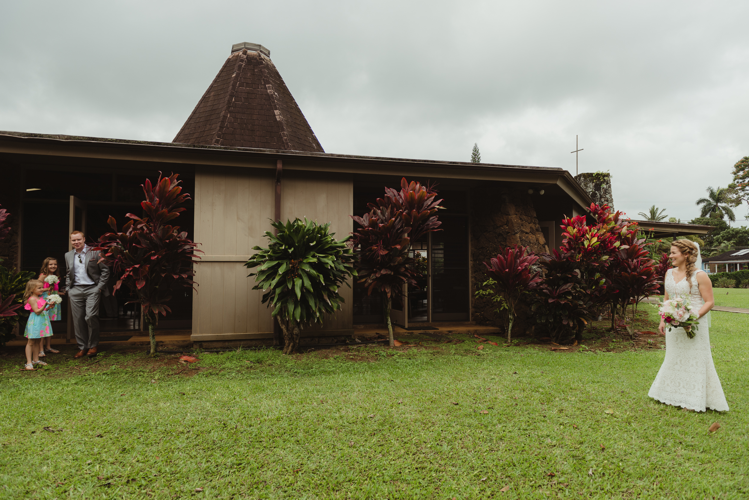 18-kauai-destination-wedding-photographer-vivianchen-0129.jpg