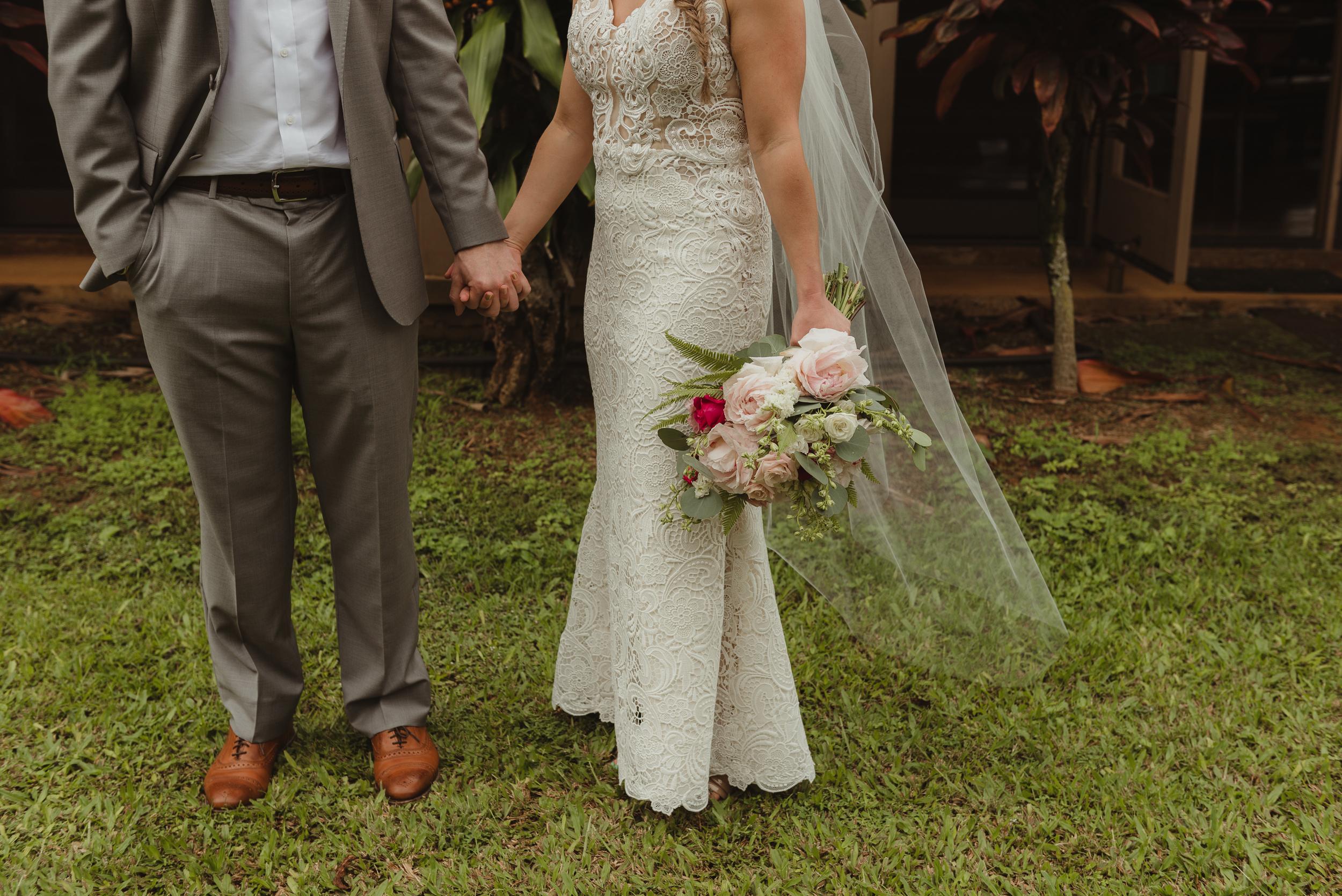 25-kauai-destination-wedding-photographer-vivianchen-0141.jpg