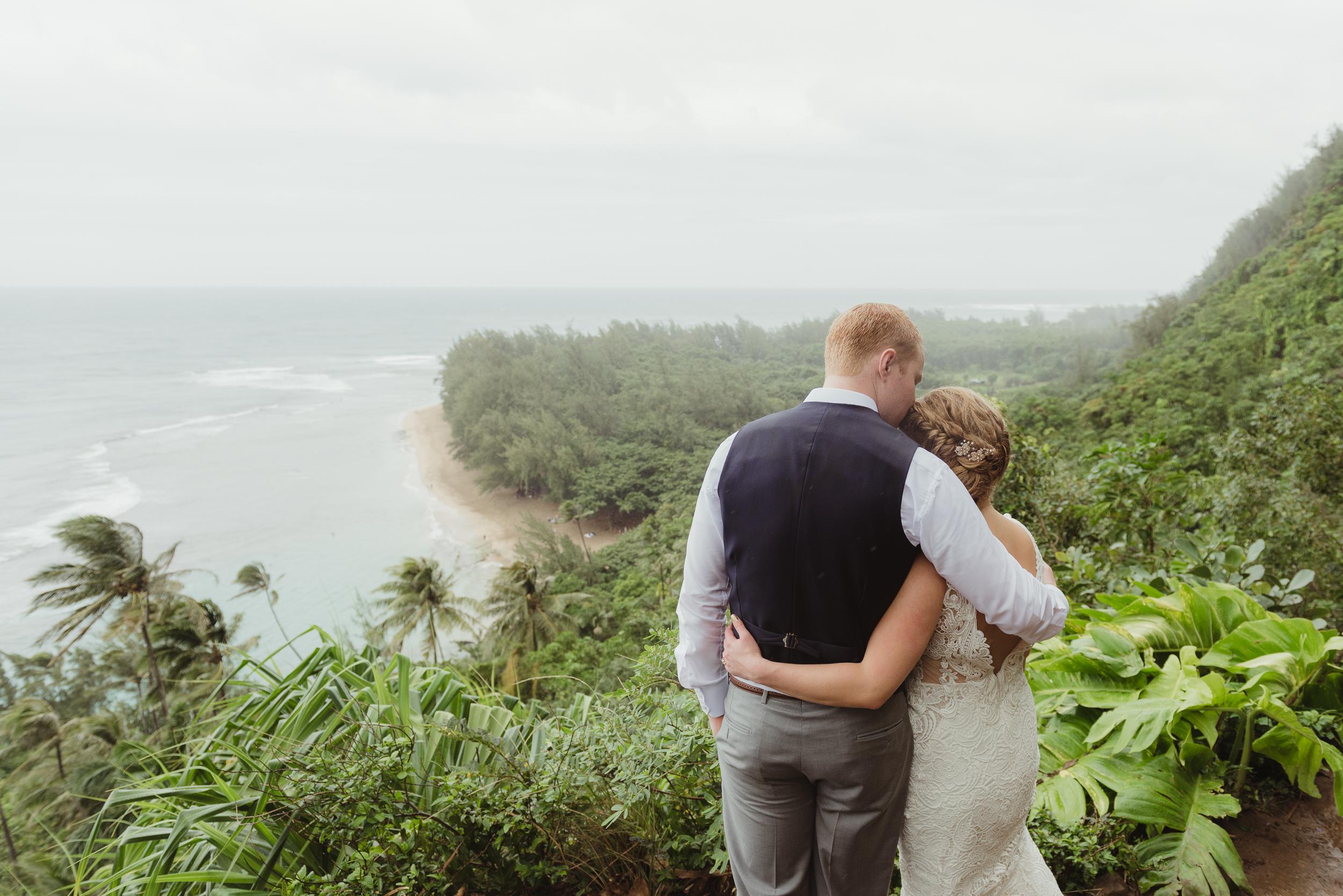 57-kauai-destination-wedding-photographer-vivianchen-0332.jpg