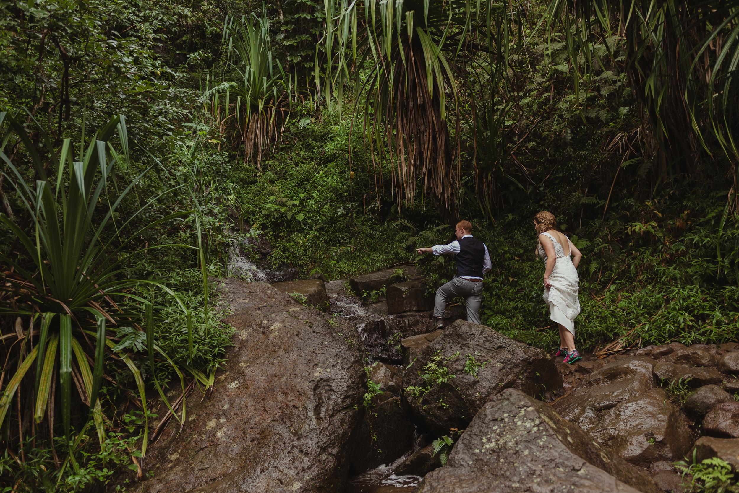 59-kauai-destination-wedding-photographer-vivianchen-0369.jpg