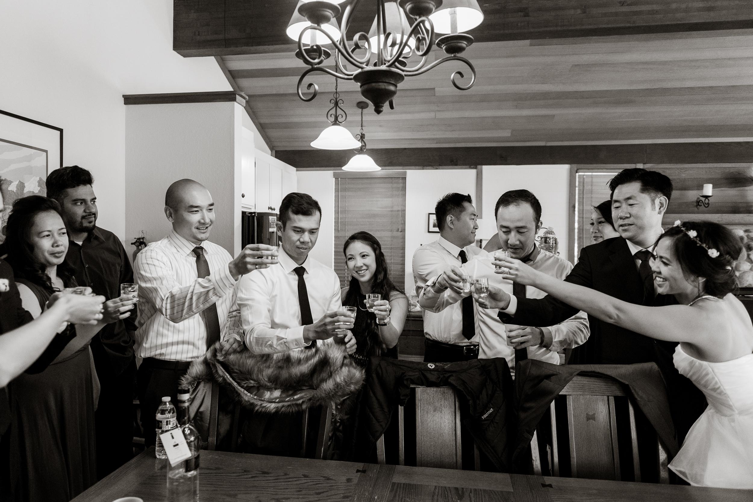 lake-tahoe-destination-wedding-vivianchen-15.jpg