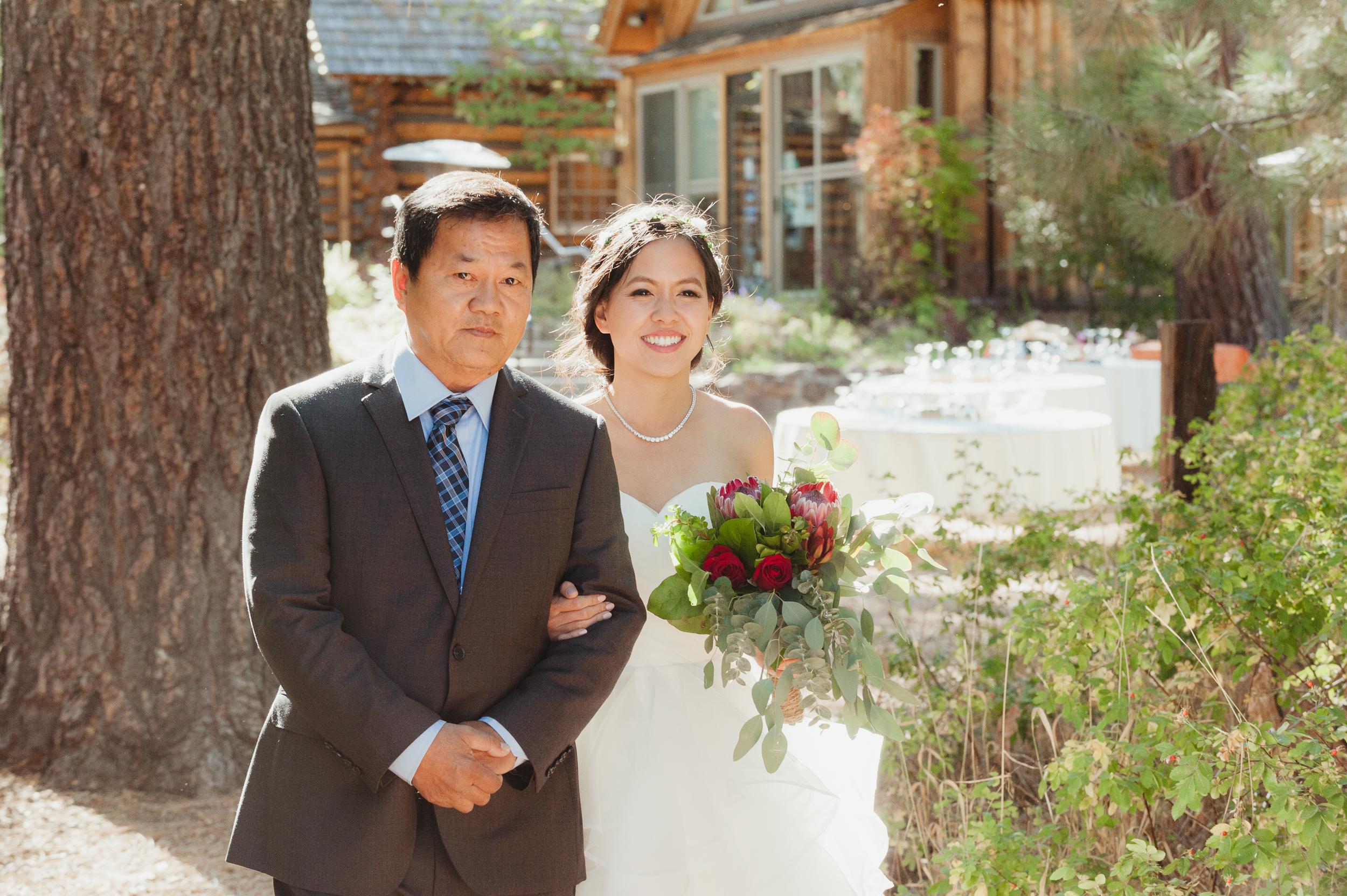 lake-tahoe-destination-wedding-vivianchen-25.jpg