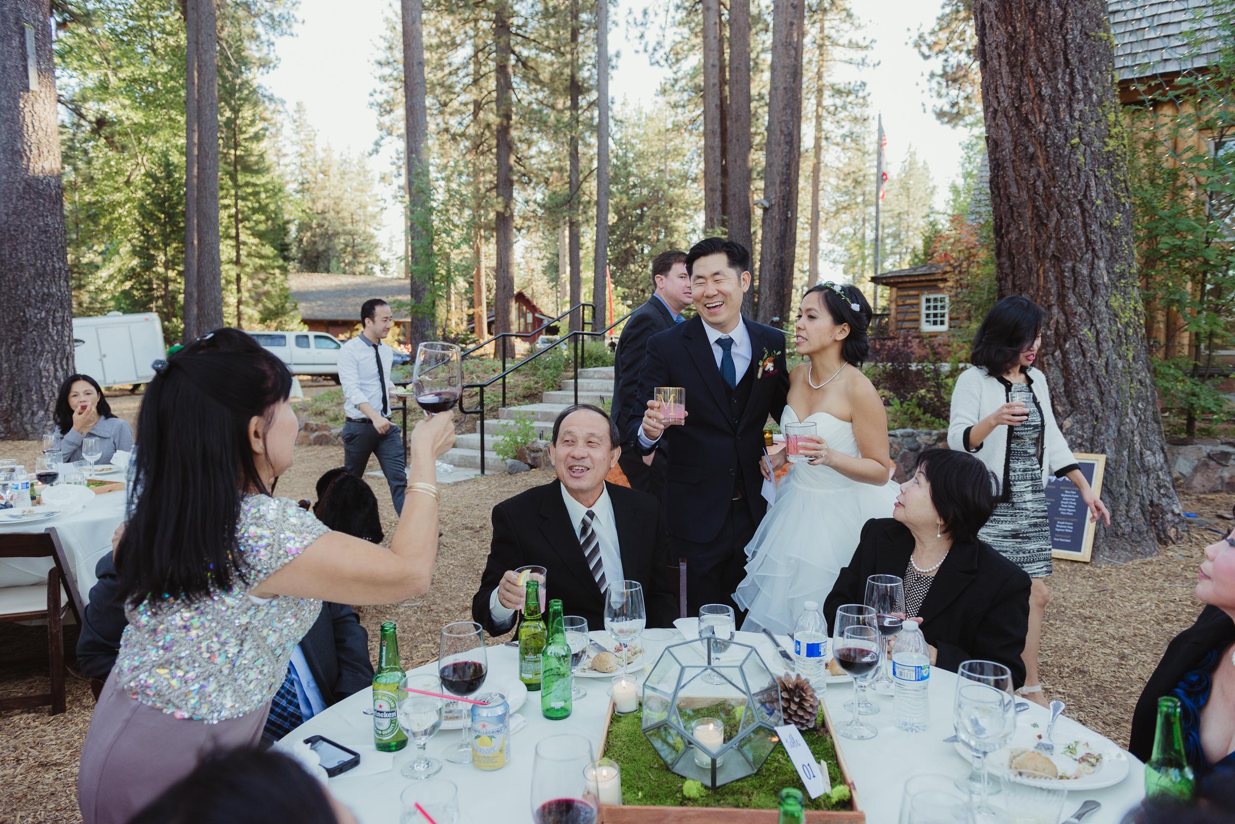 lake-tahoe-destination-wedding-vivianchen-52.jpg