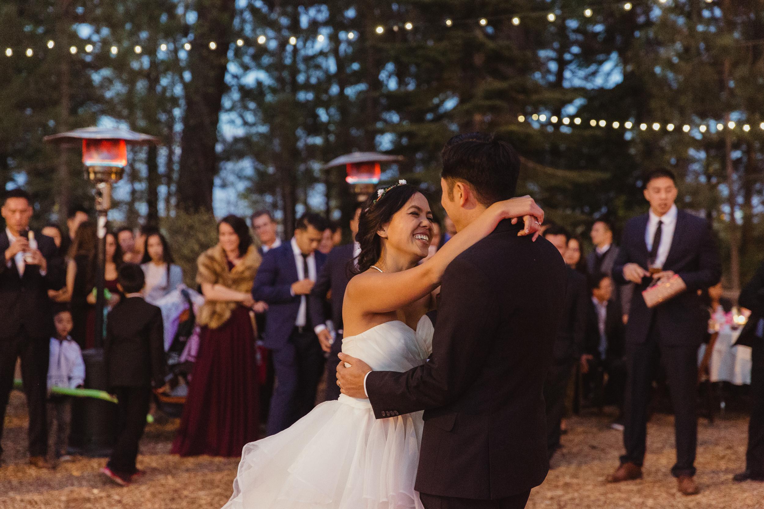 lake-tahoe-destination-wedding-vivianchen-82.jpg