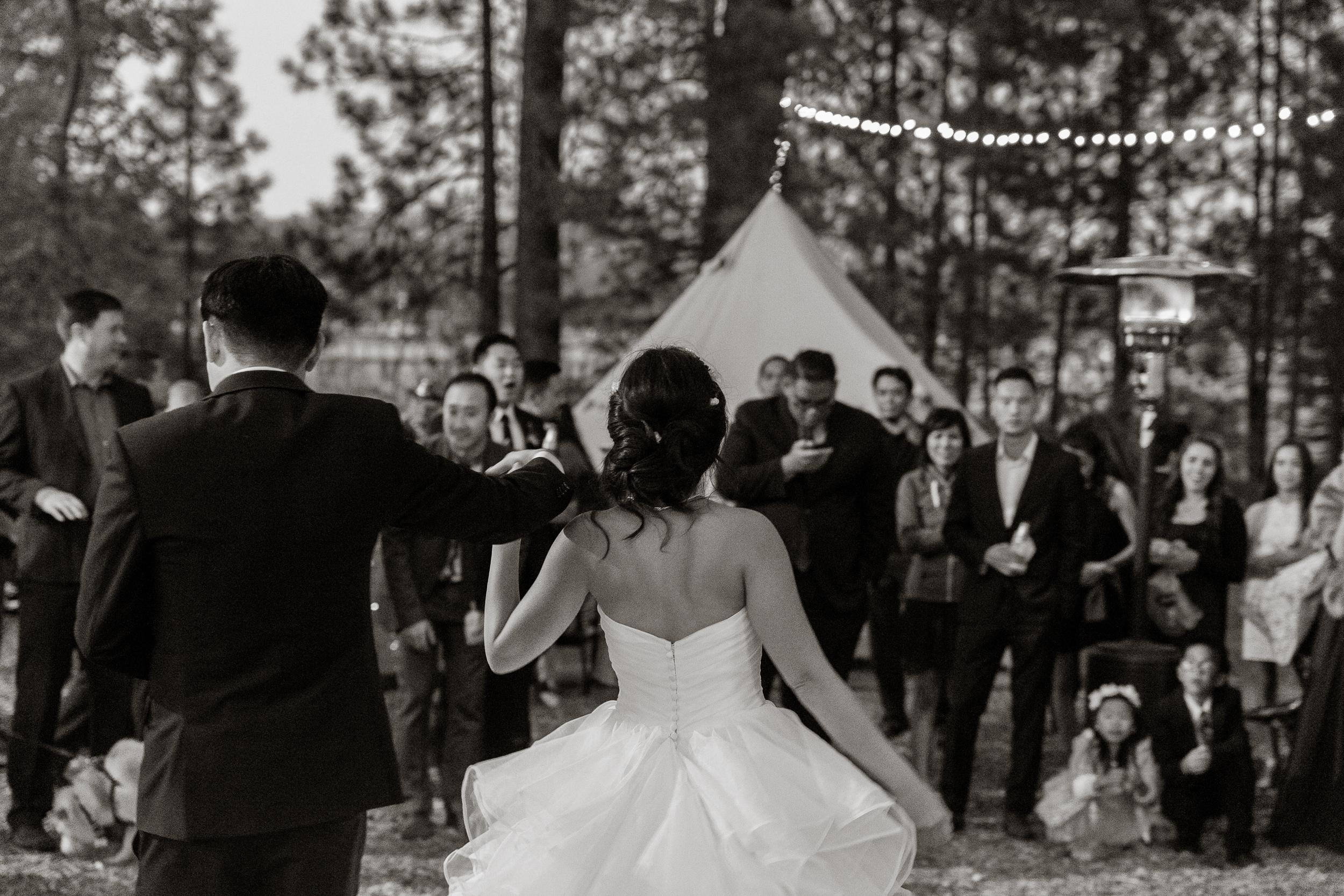 lake-tahoe-destination-wedding-vivianchen-86.jpg