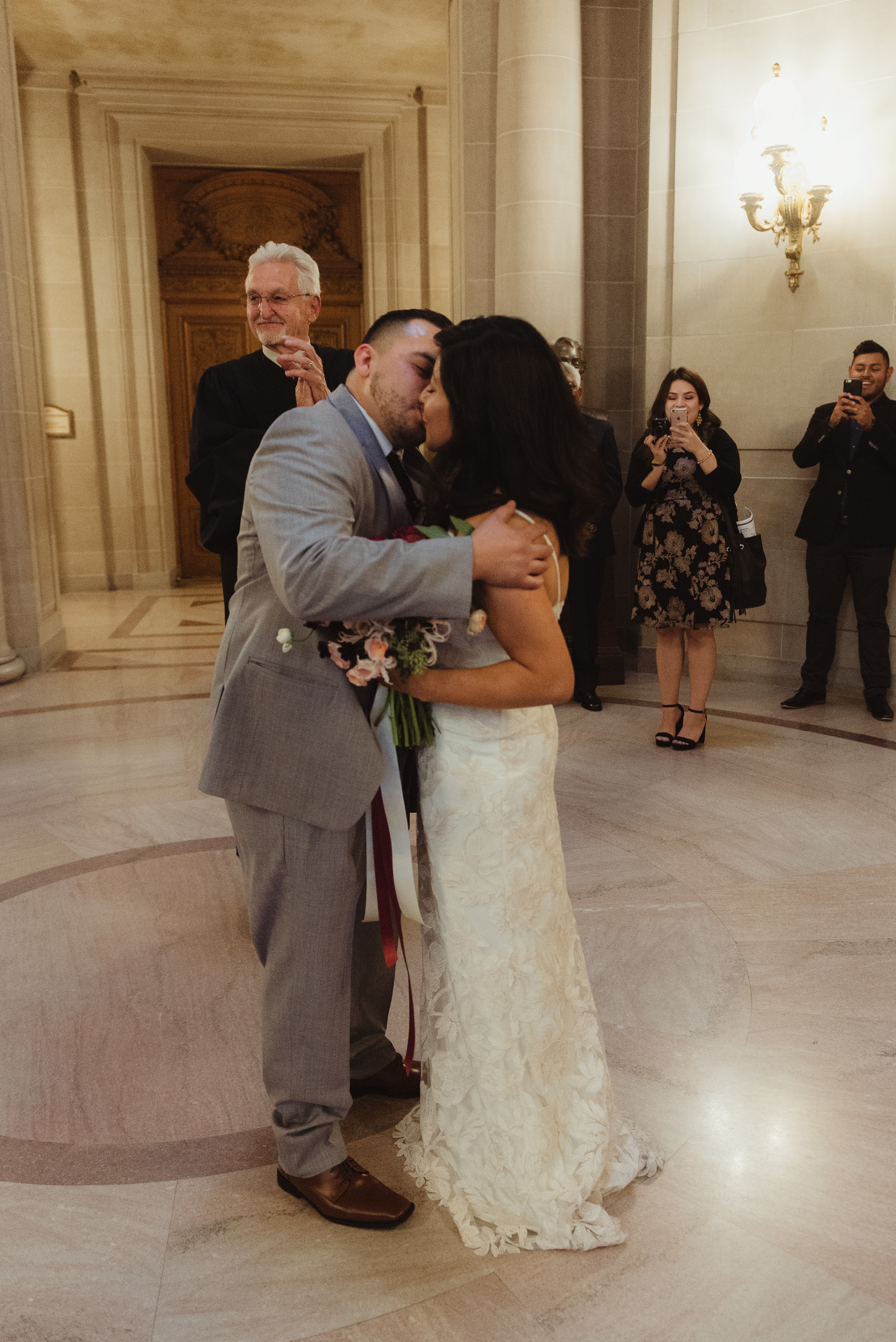san-francisco-city-hall-wedding-vivianchen-RK11.jpg