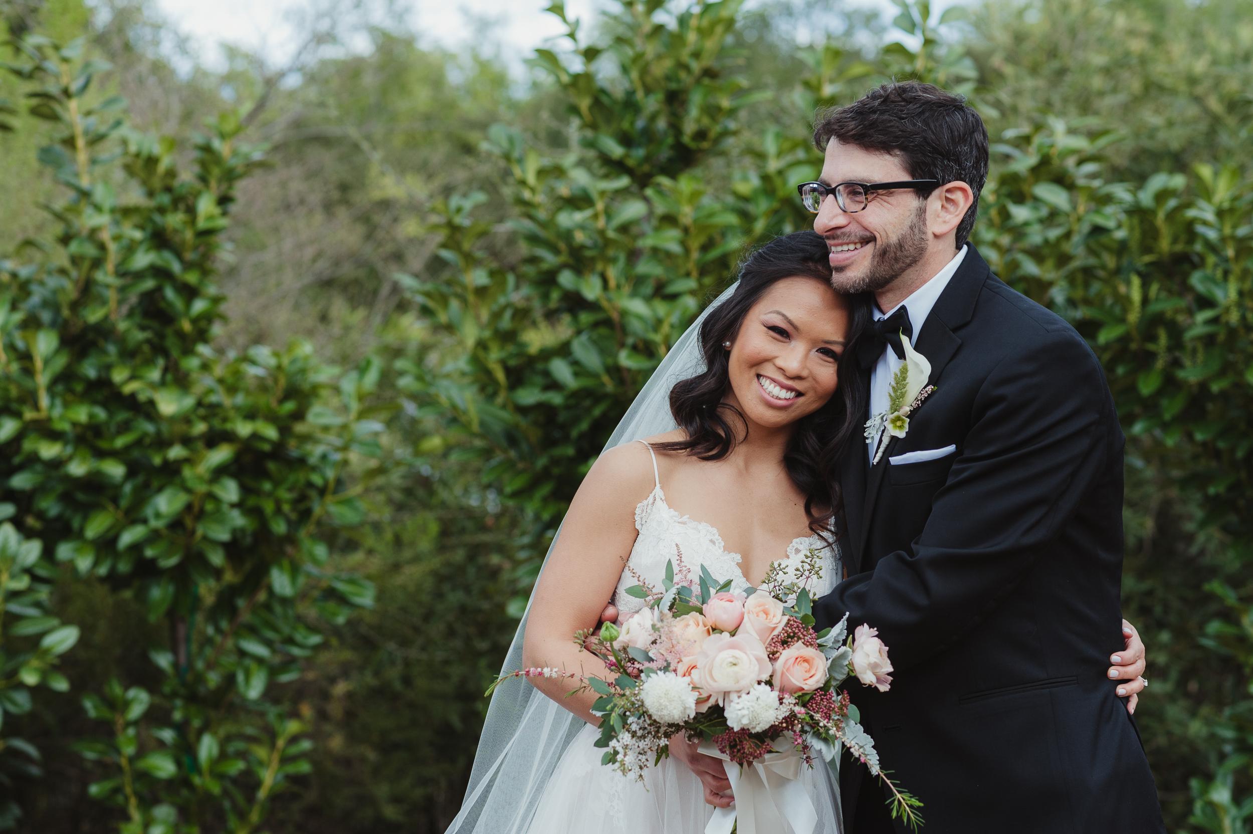 13-woodside-backyard-wedding-vivianchen-0212.jpg